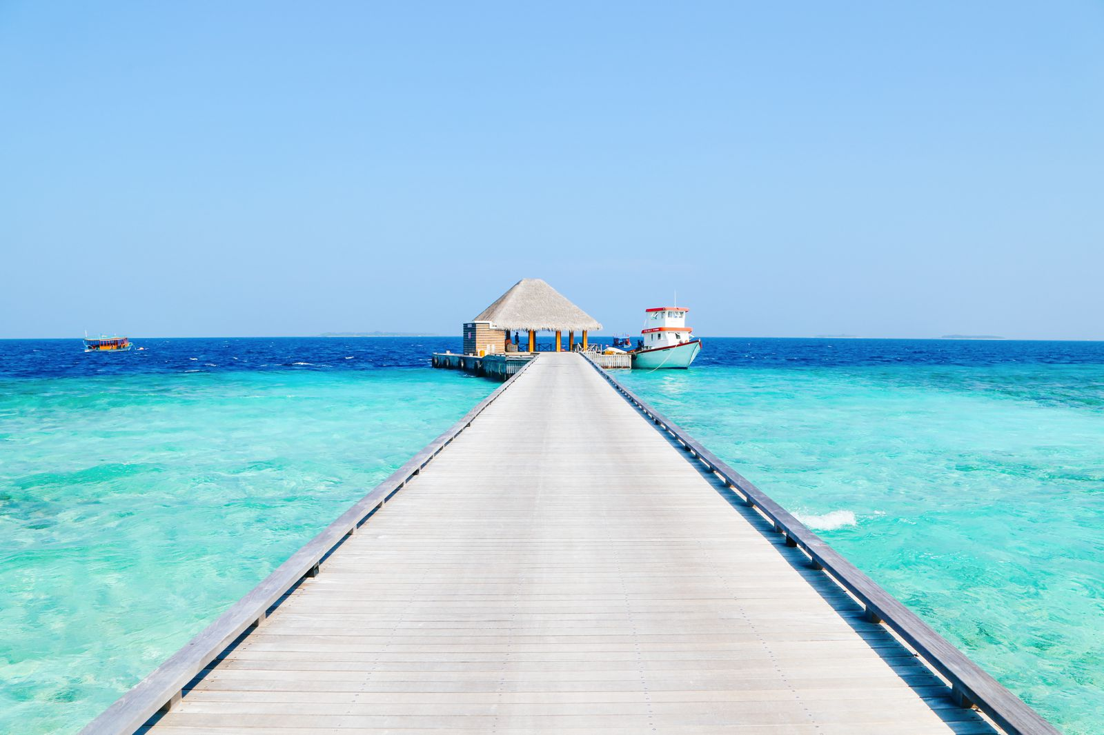 Arrival At The Dusit Thani In The Maldives! (48)