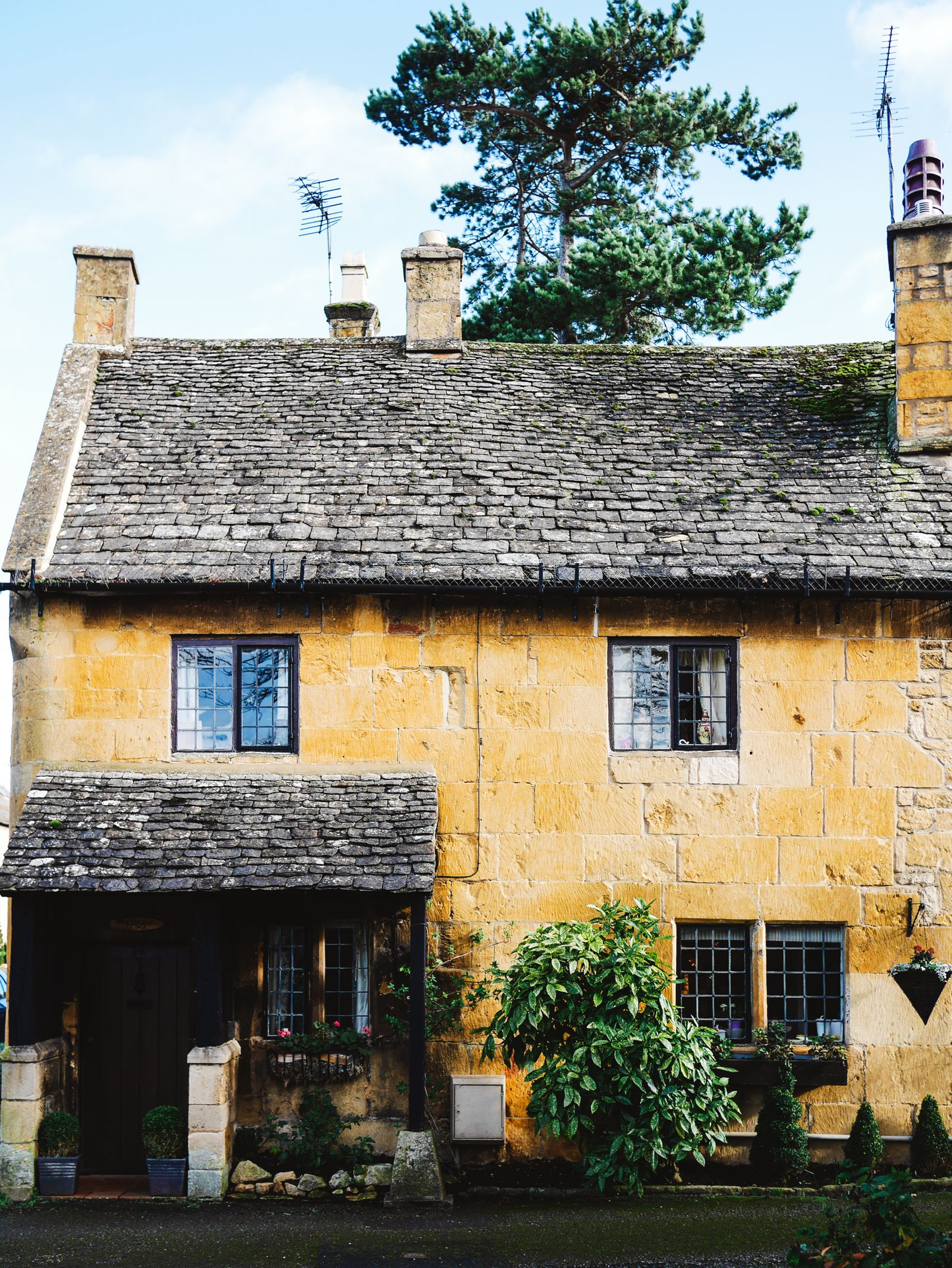 How To Plan The Perfect Weekend In The Picturesque Cotswolds, England (22)