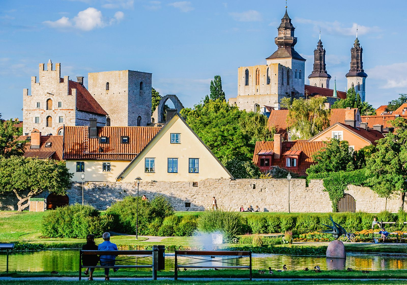 8 Beautiful Towns And Villages To Visit in Sweden (1)