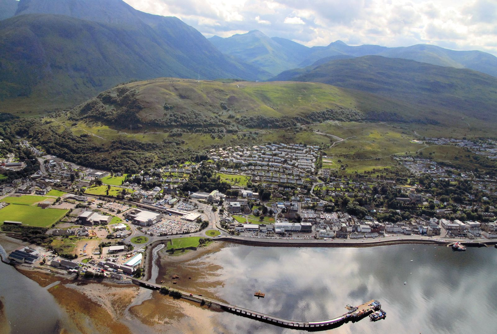 10 Pretty Towns And Cities You Must Visit in Scotland (6)
