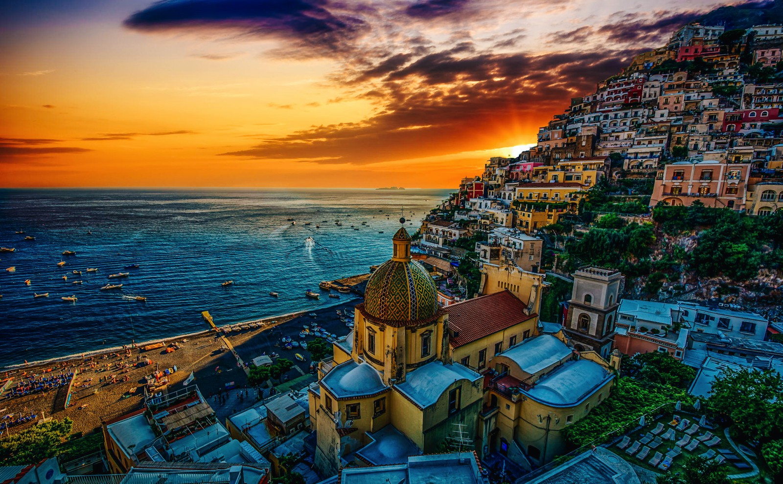 7 Reasons Why You'll Want To Visit Positano In The Amalfi Coast Of Italy (4)