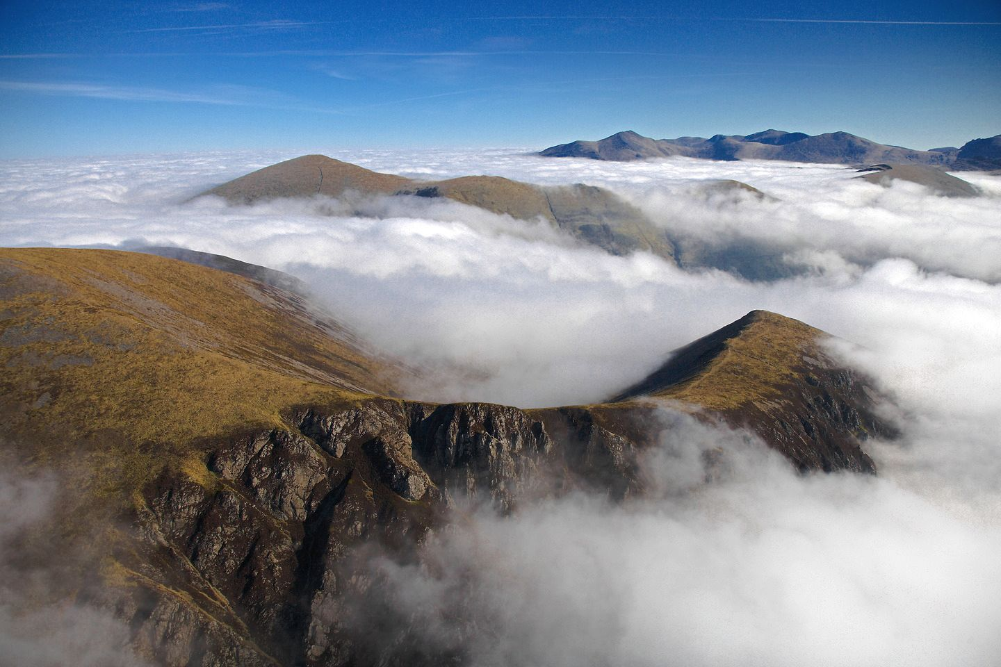 Breathtaking Places To Experience When Visiting Wales, Great Britain (14)
