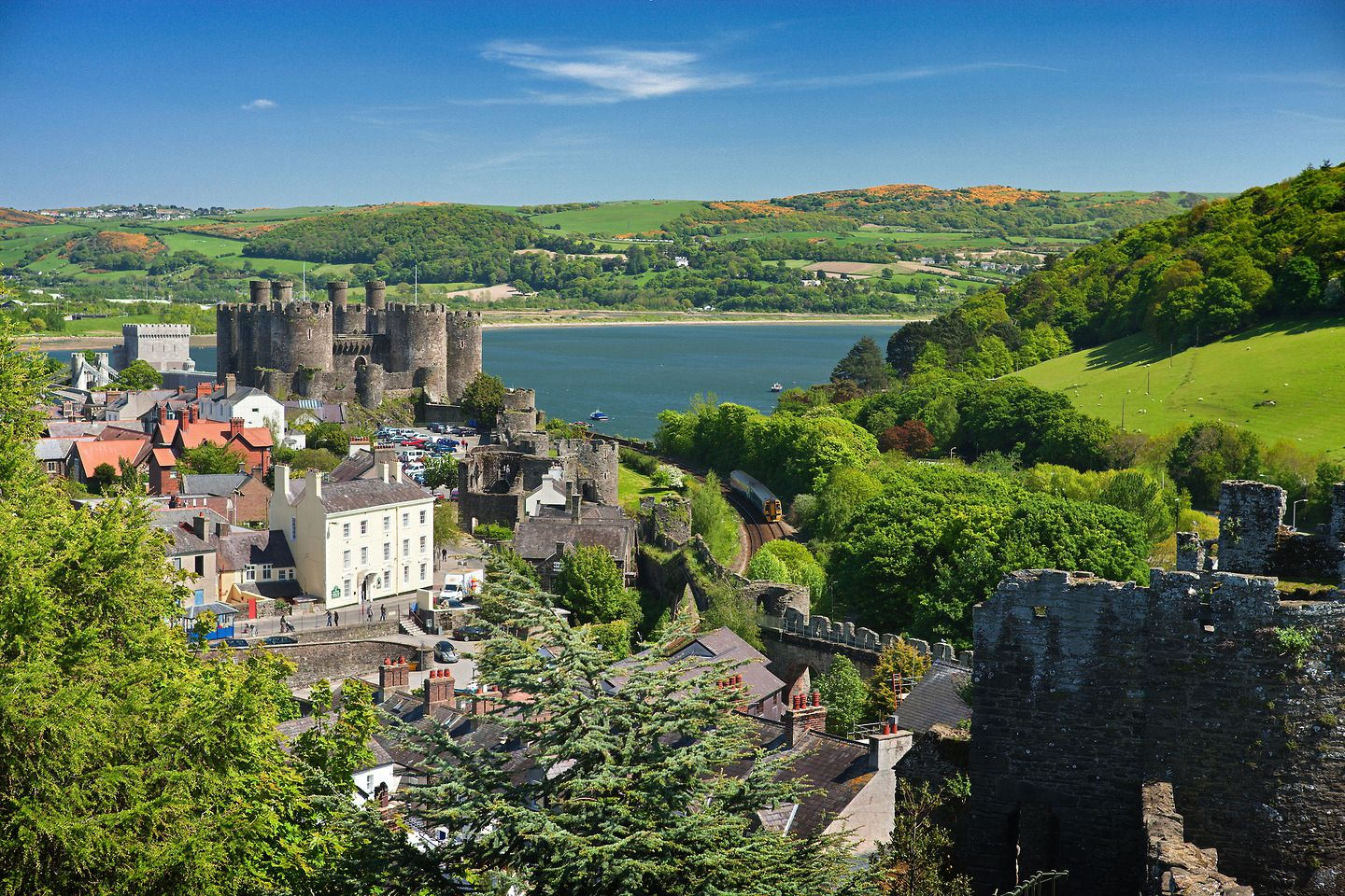Breathtaking Places To Experience When Visiting Wales, Great Britain (3)