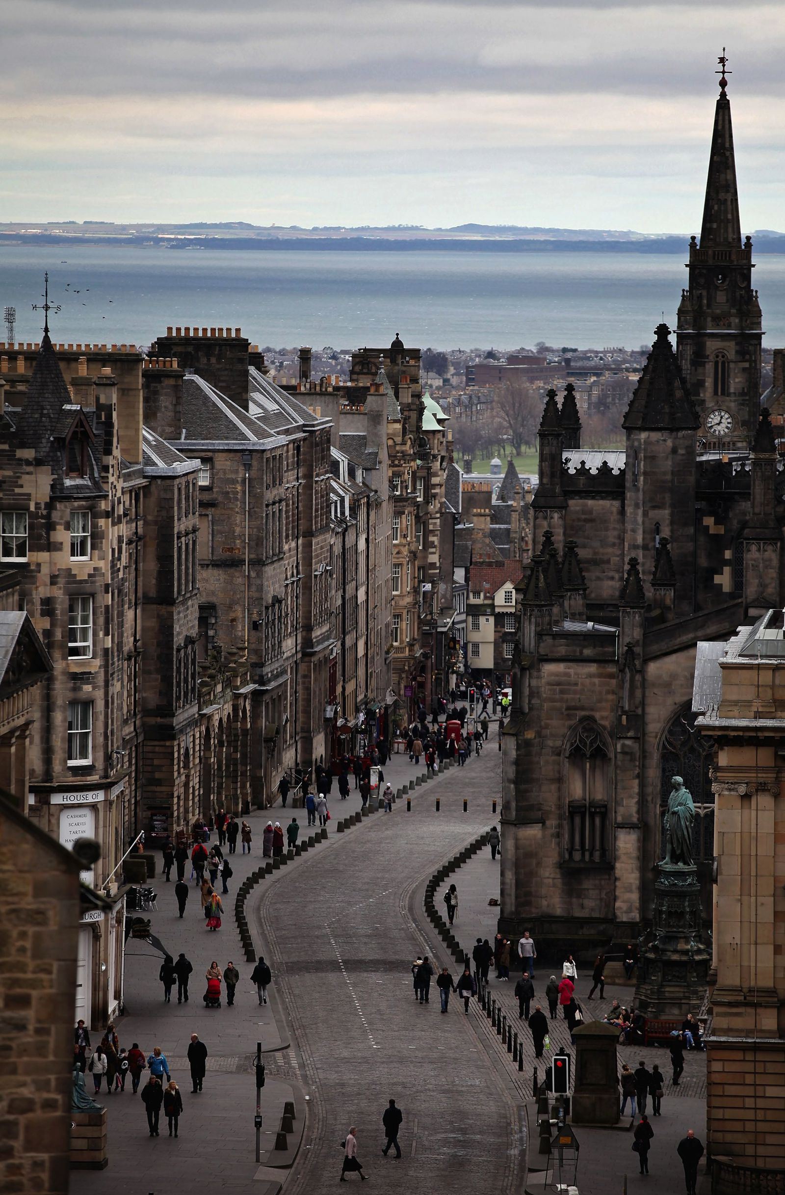 10 Pretty Towns And Cities You Must Visit in Scotland (7)