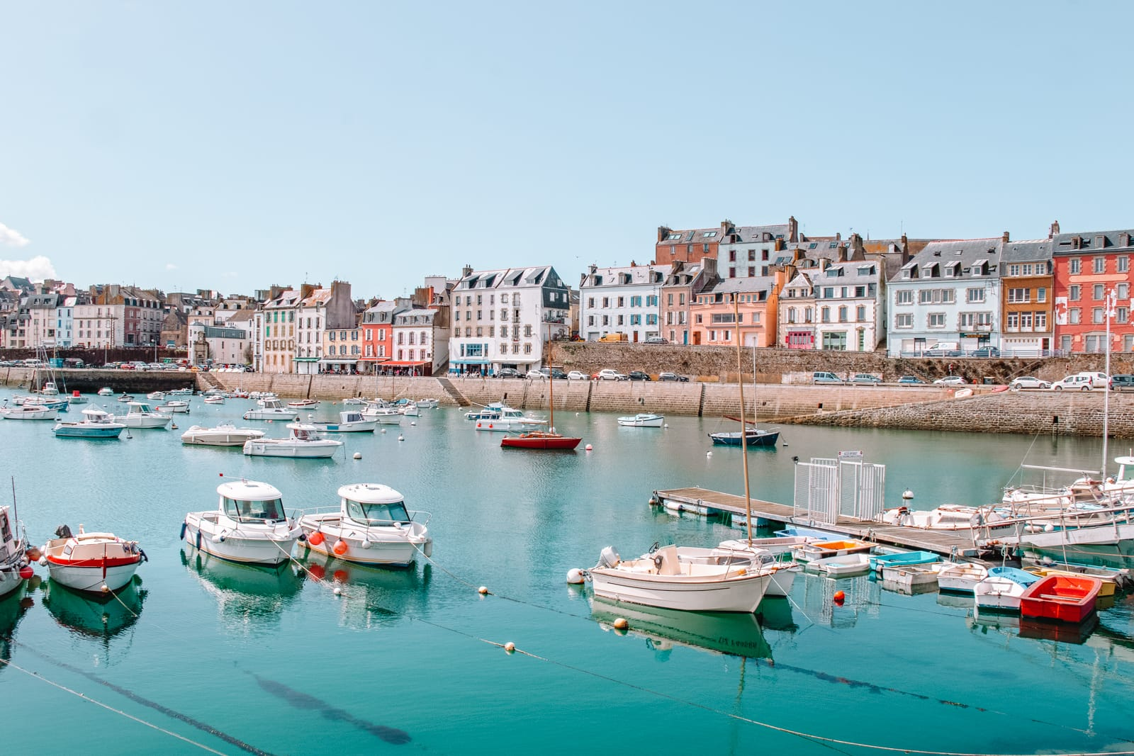 11 Timeless Places You'll Want To Visit On The West Coast Of France (7)