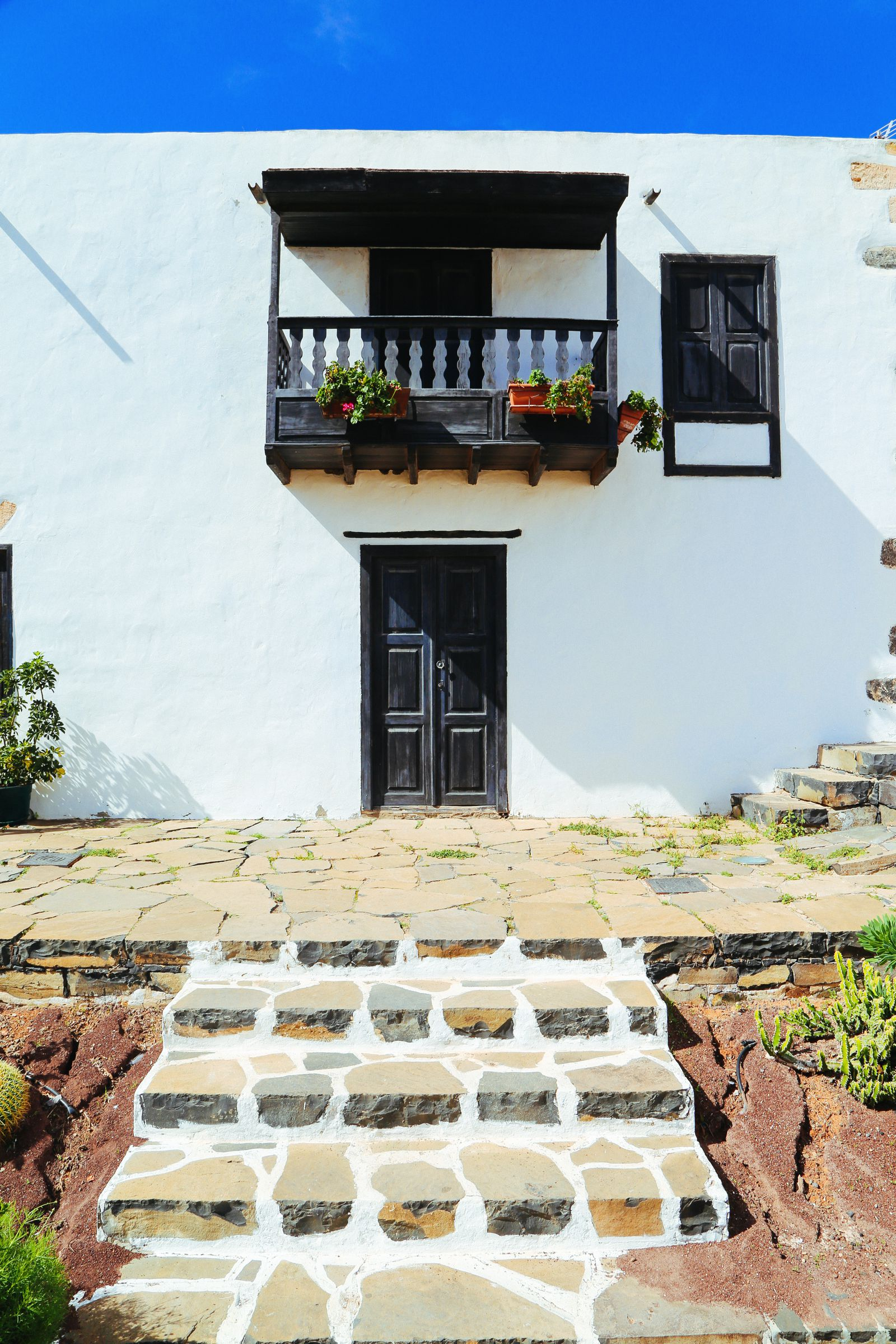Here's Why You Should Visit The Tiny Town Of Betancuria In, Fuerteventura In The Canary Islands (6)