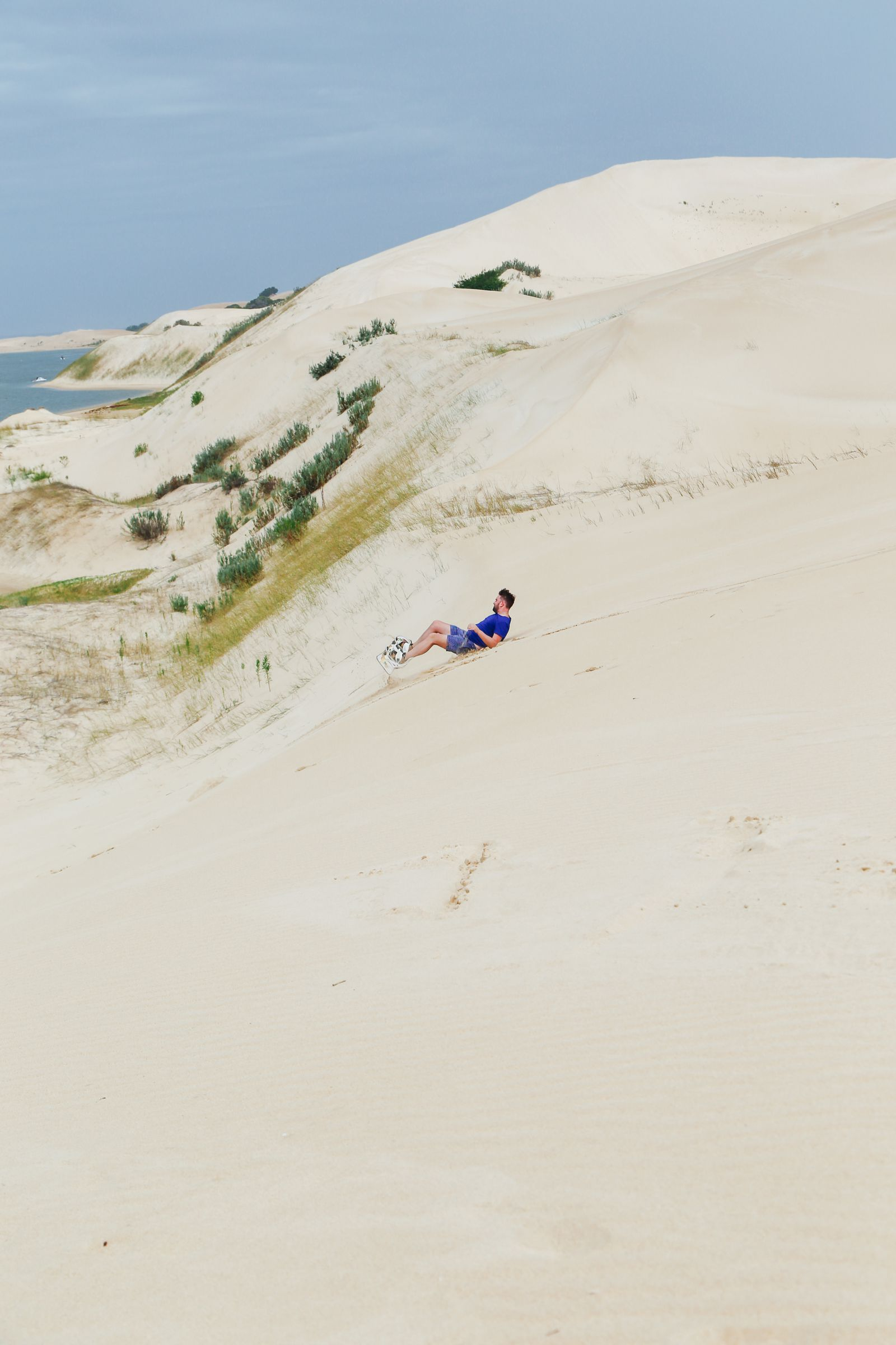 What It's Like To Try Sandboarding For The Very First Time! (29)
