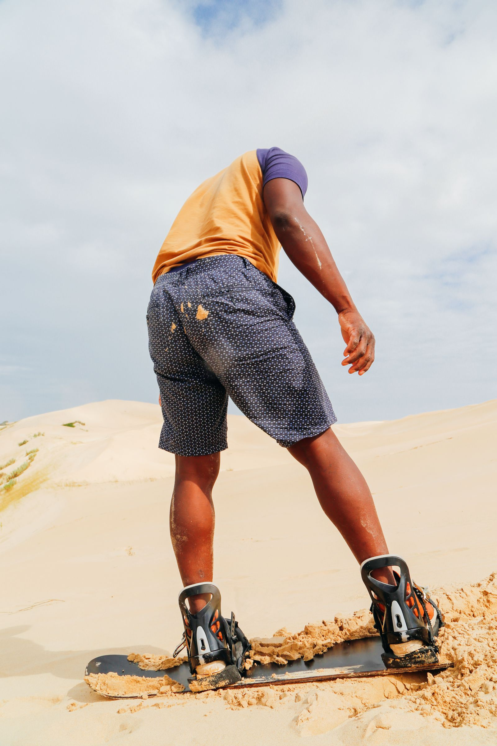 What It's Like To Try Sandboarding For The Very First Time! (33)