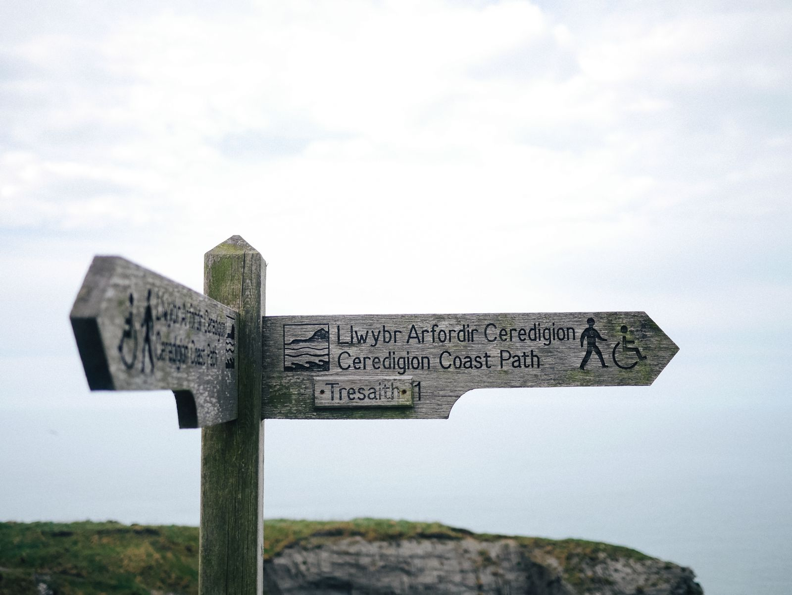 Exploring The UK's Dramatic Coastline... In Wales (2)