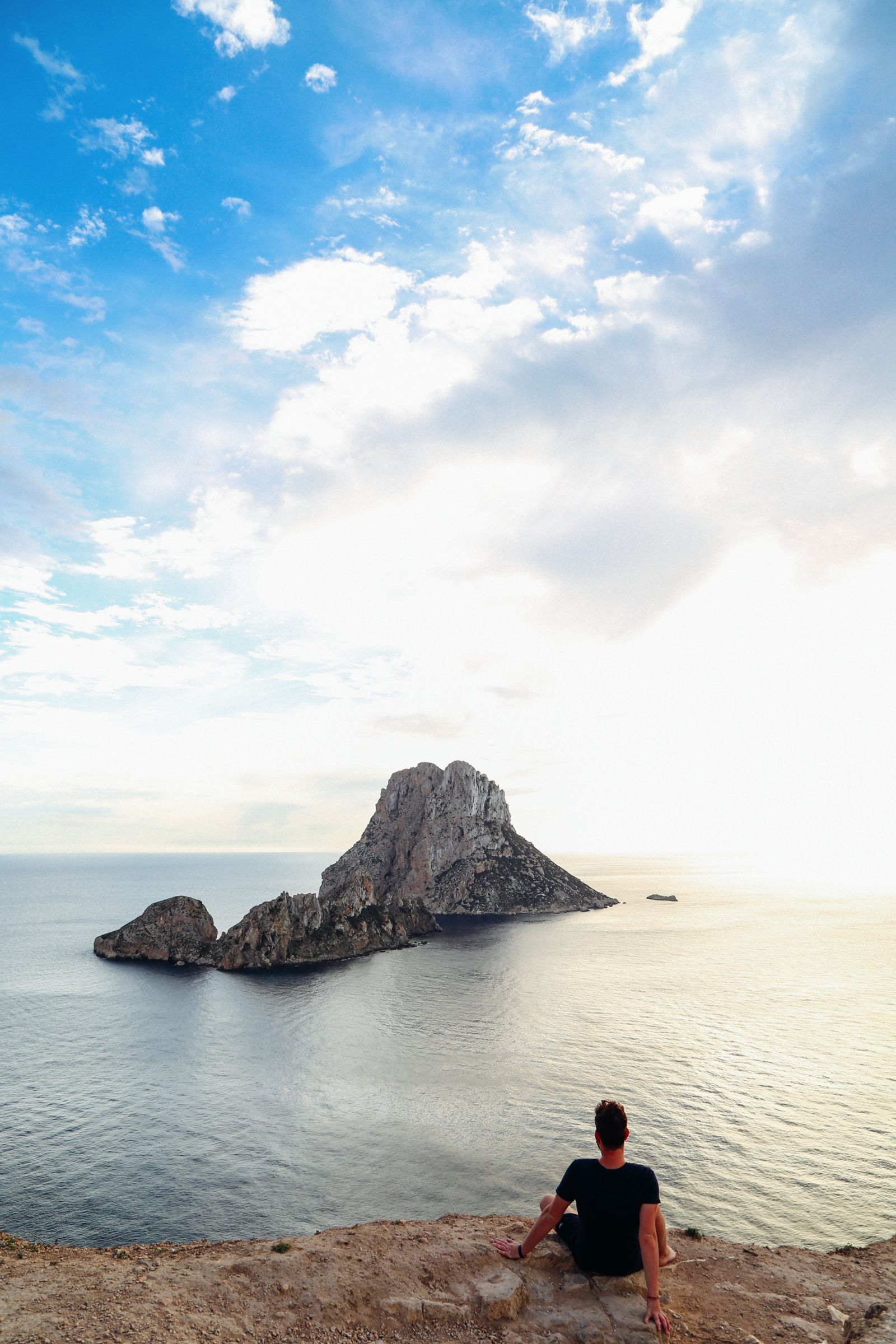 The Best Place To Watch The Sunset In Ibiza AND Where To Go For An Amazing 10 Course Gourmet Dinner! (12)