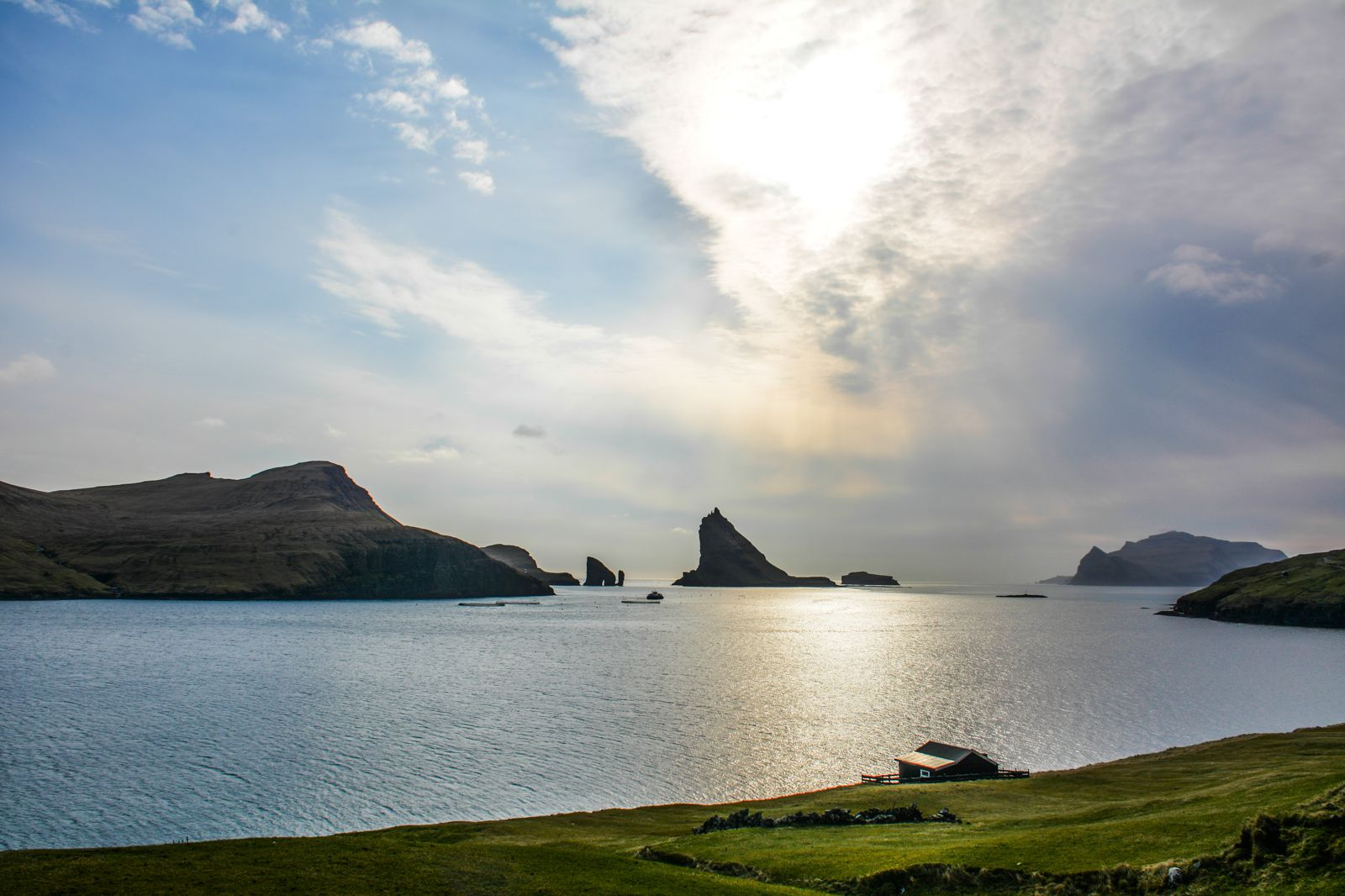 11 Dramatic Sights You Have To Explore In The Faroe Islands (30)