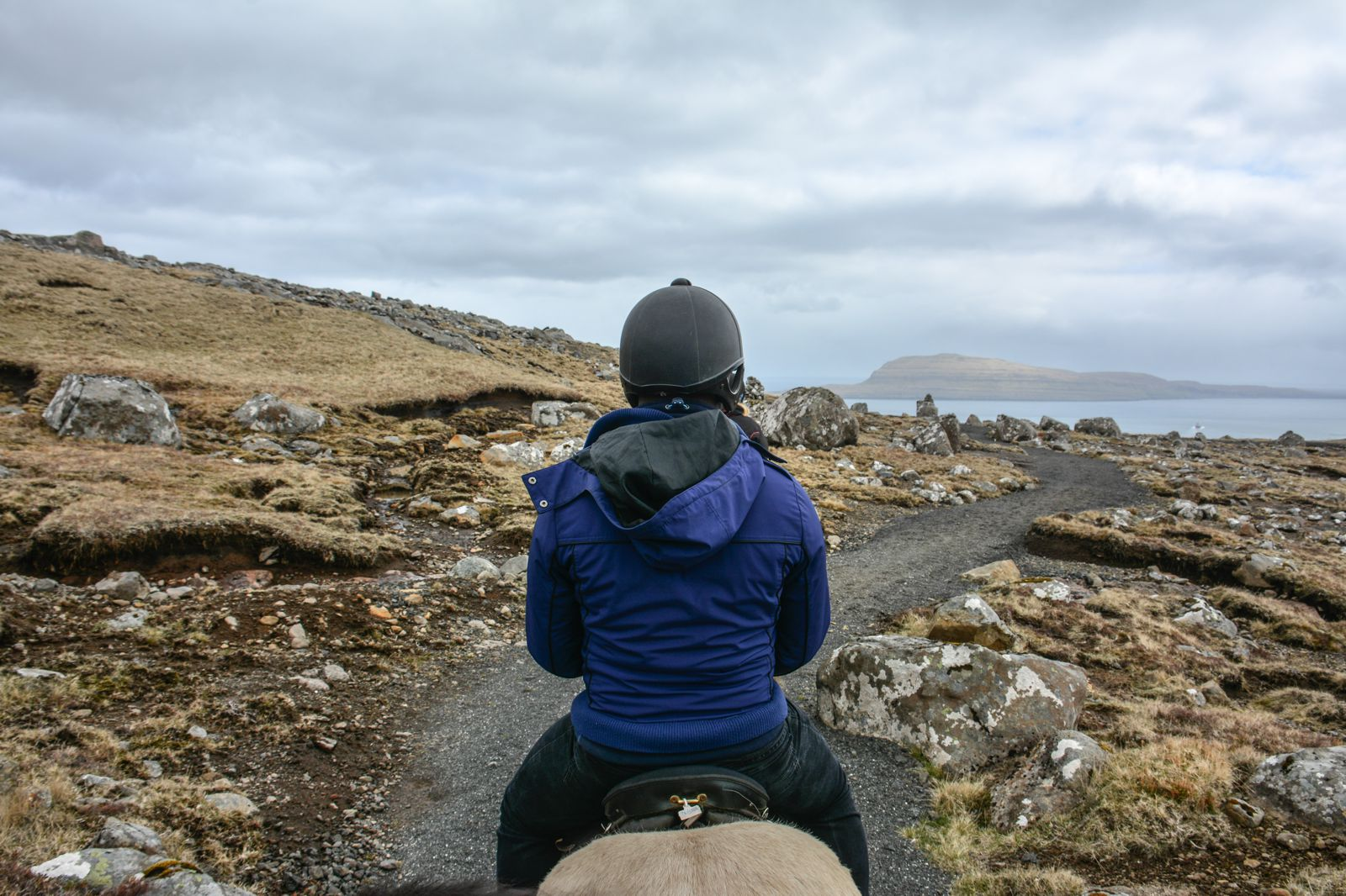 12 Essentials You Need To Pack For A Trip To The Faroe Islands (8)