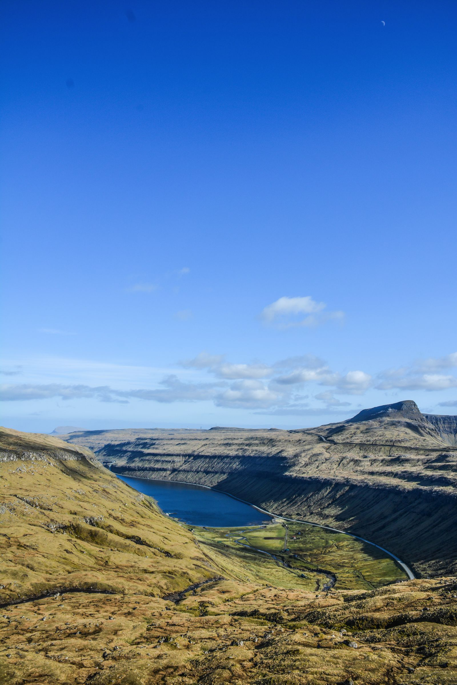 11 Dramatic Sights You Have To Explore In The Faroe Islands (25)