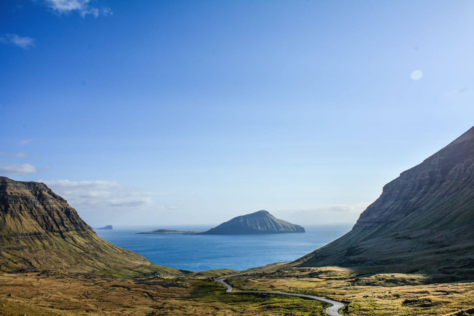 11 Dramatic Sights You Have To Explore In The Faroe Islands (19)