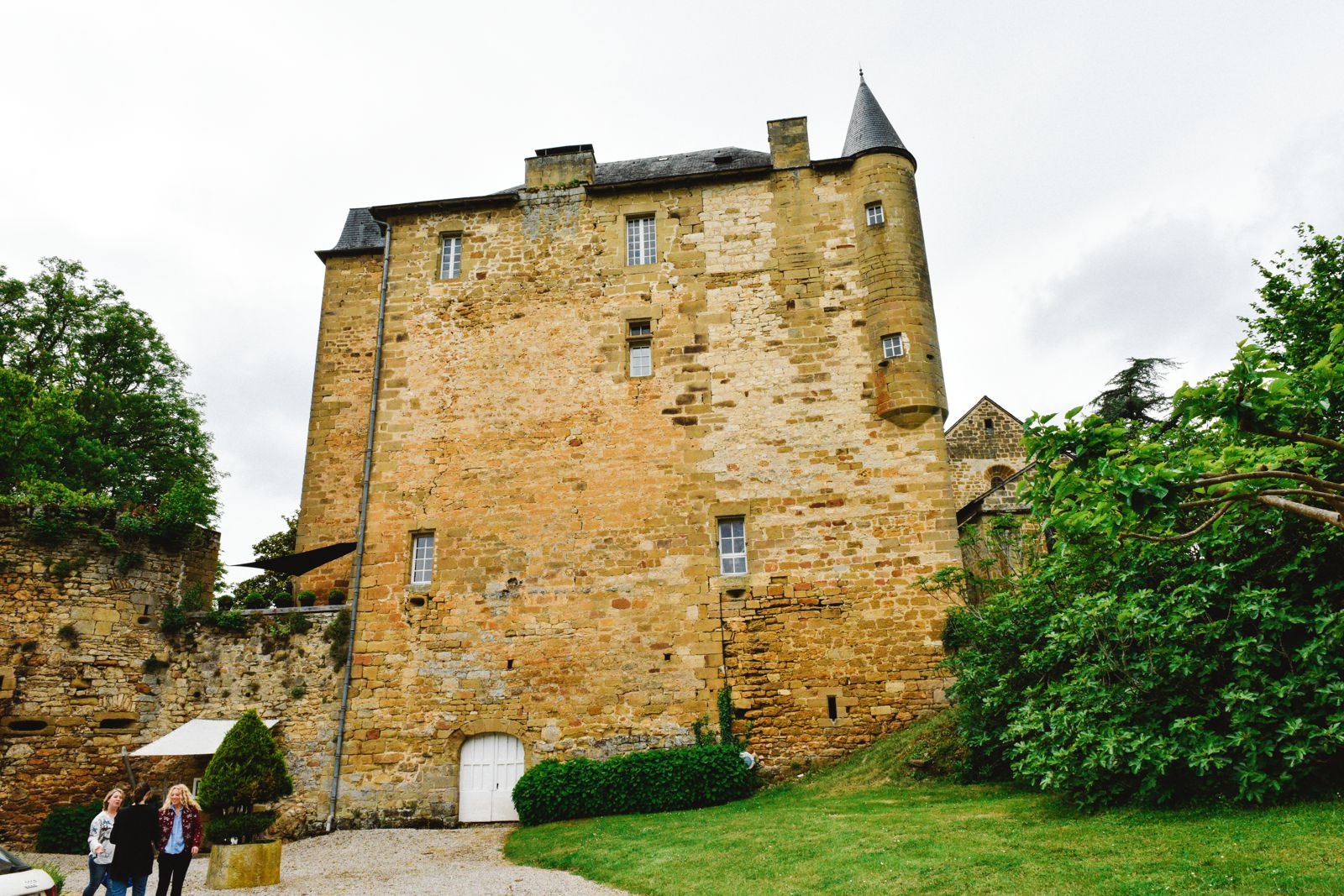 Exploring Château de Lissac In The Dordogne Valley Of France (1)