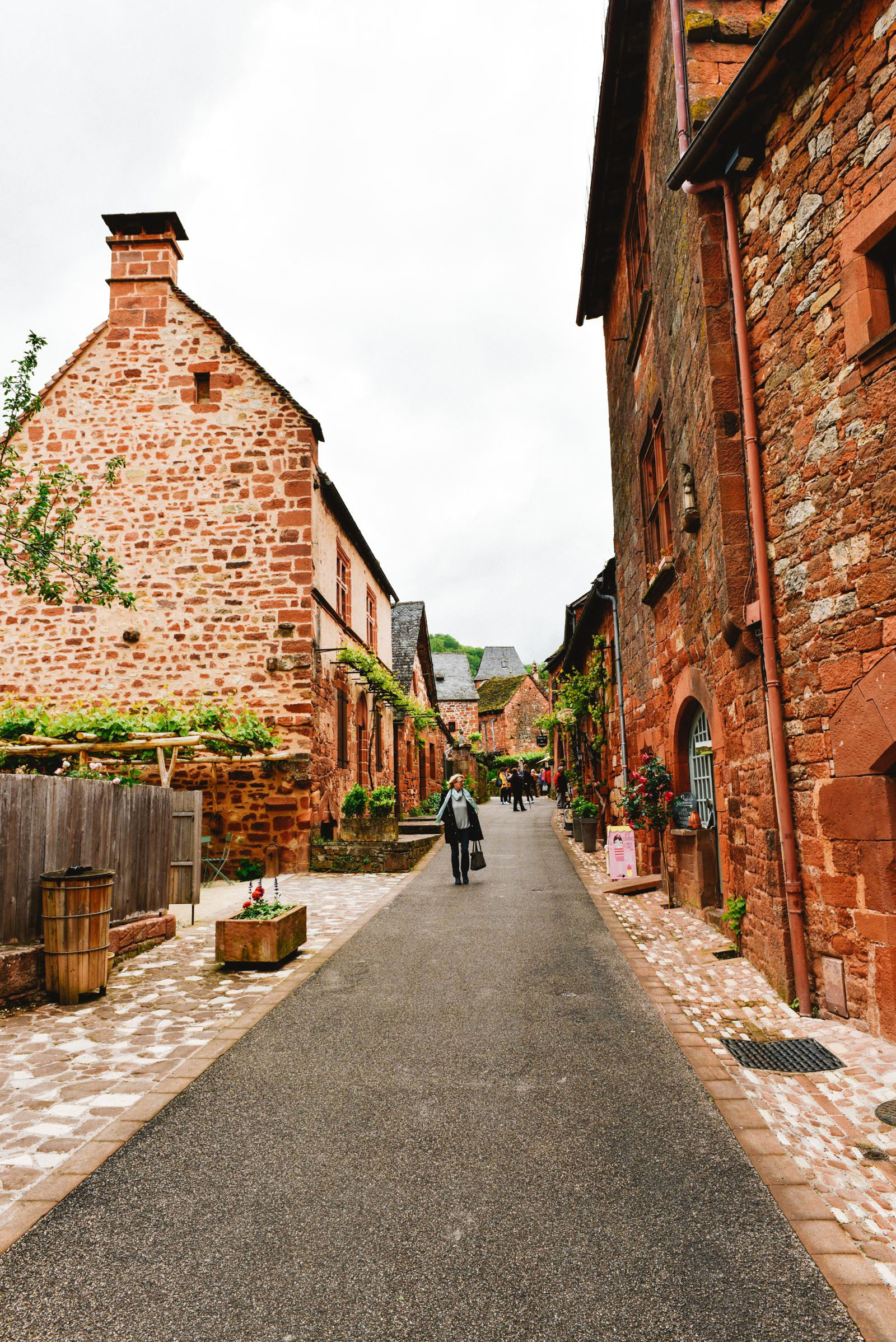 This Is The Most Beautiful Village In France - Collonges-La-Rouge (14)