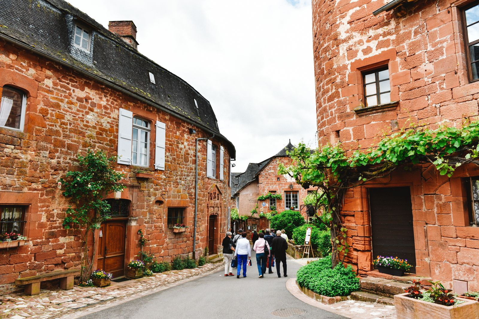 This Is The Most Beautiful Village In France - Collonges-La-Rouge (16)