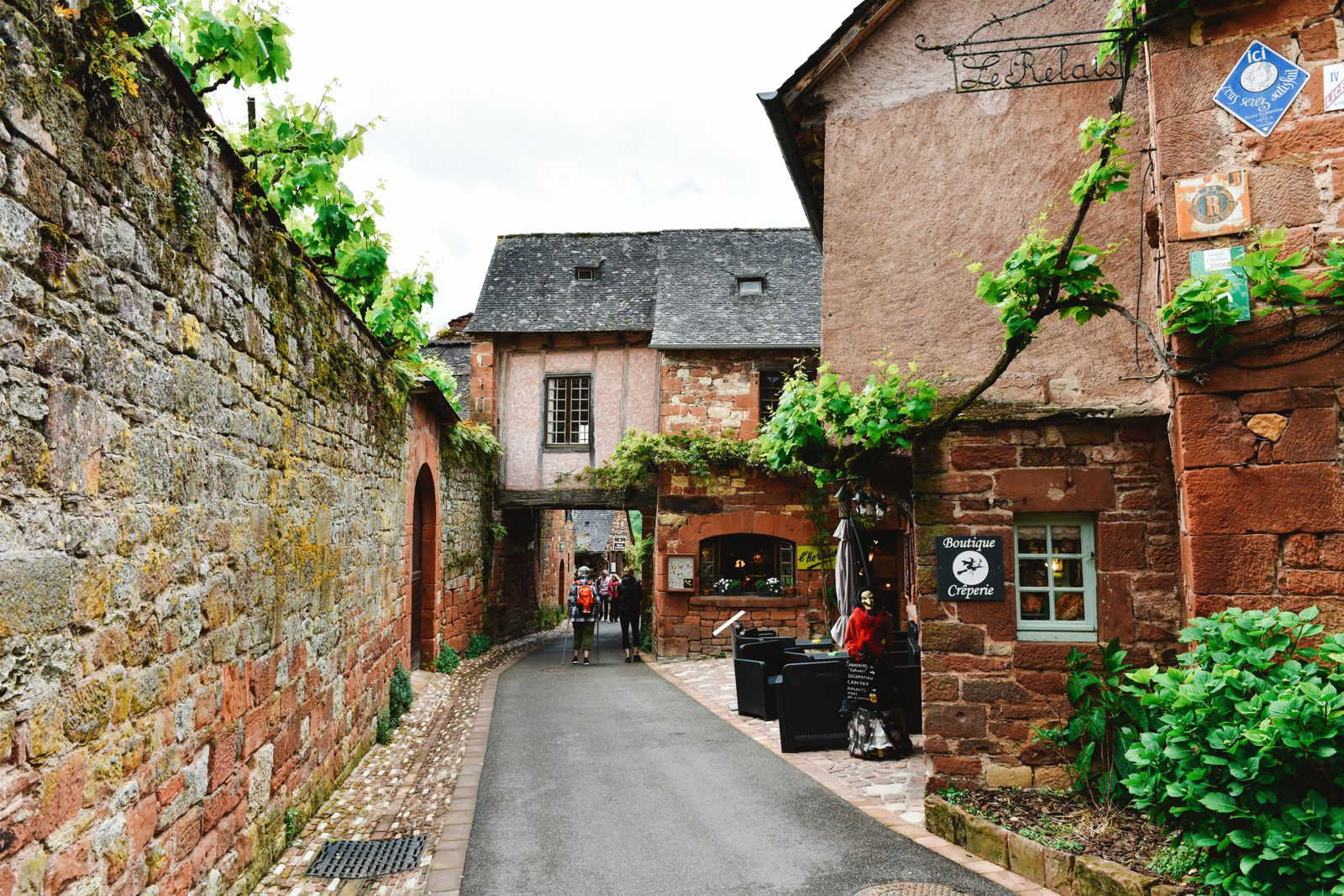 This Is The Most Beautiful Village In France - Collonges-La-Rouge (20)