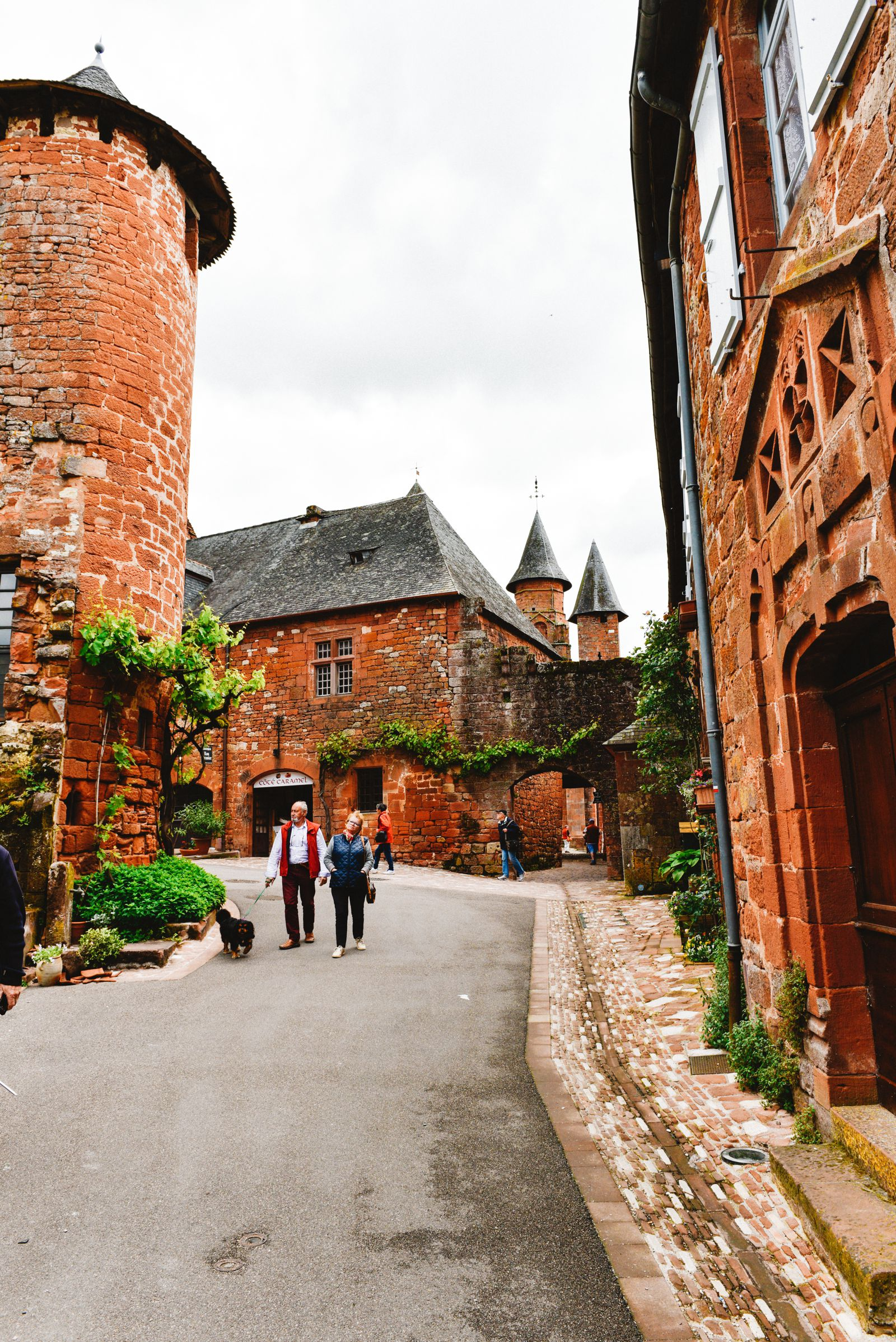 This Is The Most Beautiful Village In France - Collonges-La-Rouge (21)