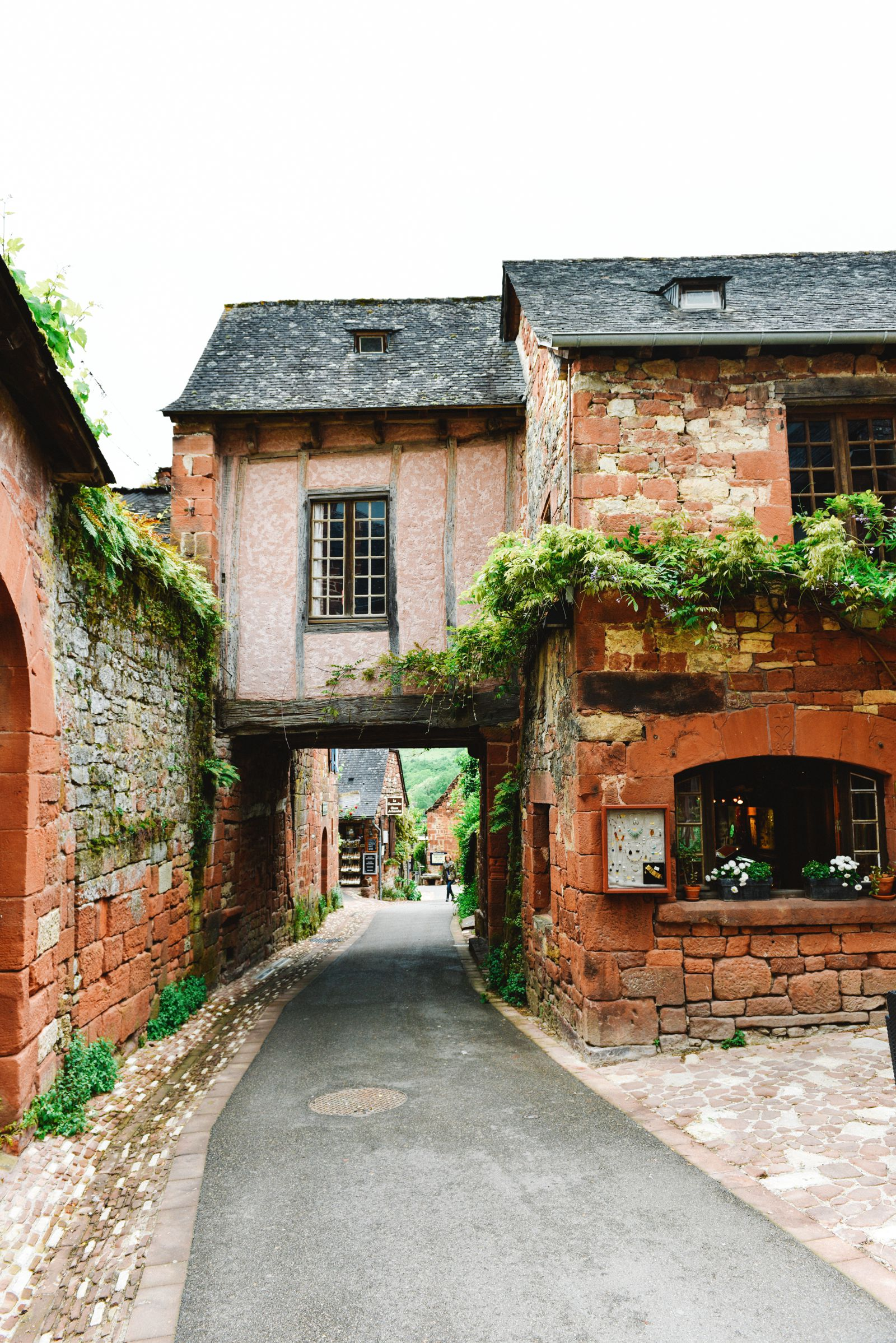 This Is The Most Beautiful Village In France - Collonges-La-Rouge (24)
