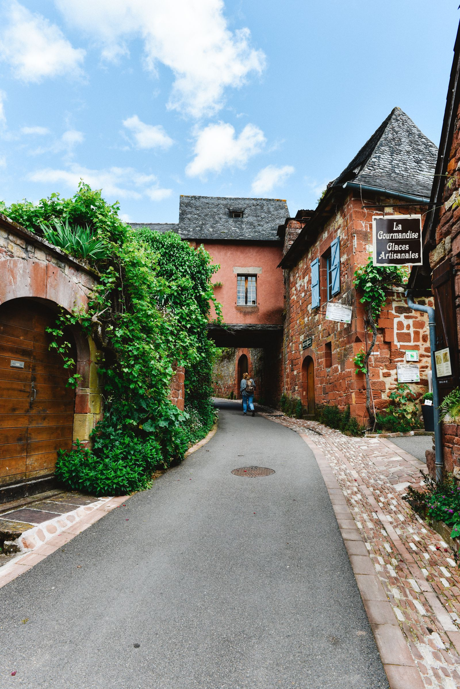 This Is The Most Beautiful Village In France - Collonges-La-Rouge (43)