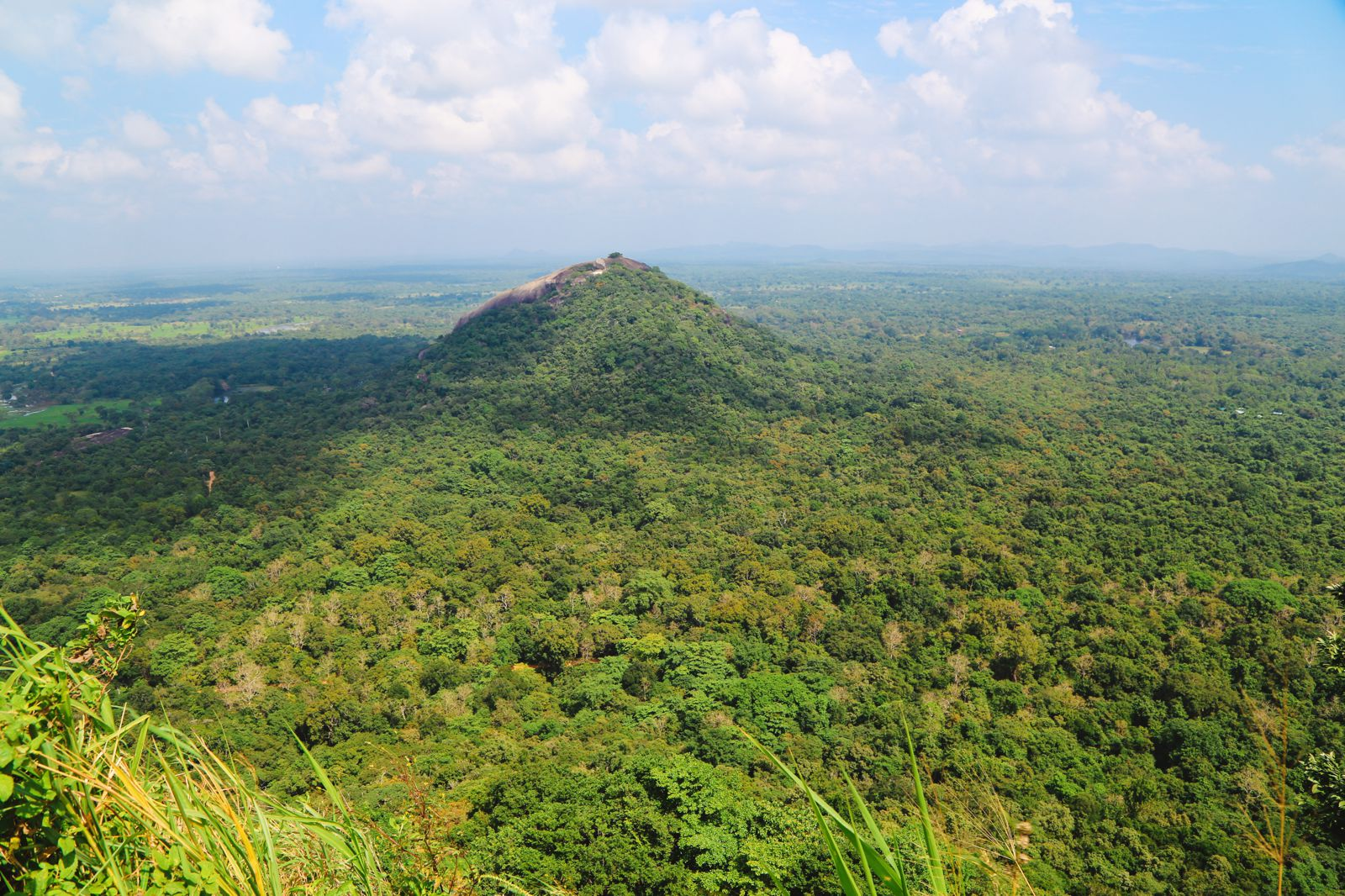 The Complete Guide To Climbing Sri Lanka's UNESCO World Heritage Site Of Sigiriya - Lion Rock (33)