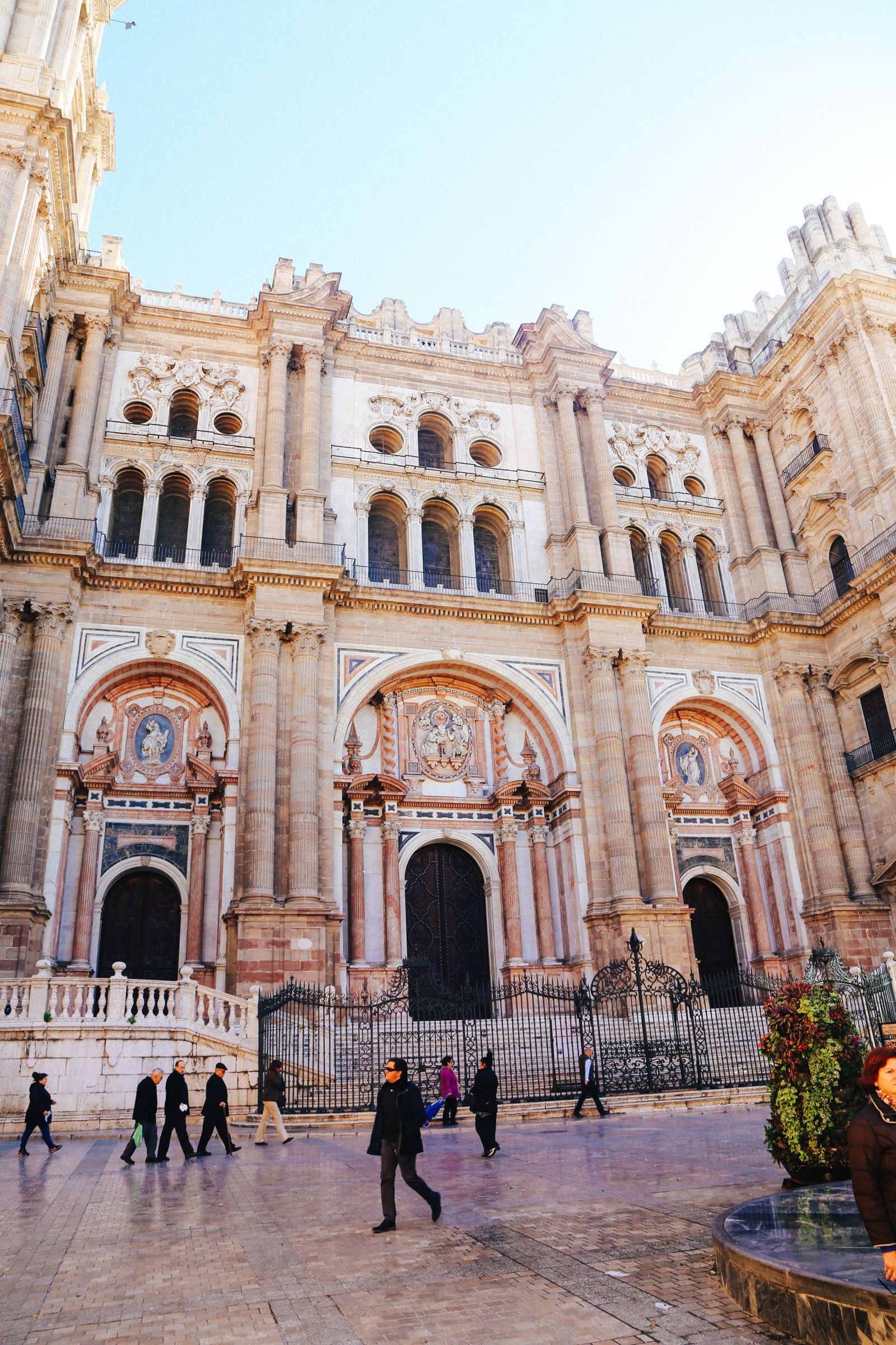 Photo Diary: A Jaunt Through The City of Malaga In Spain (12)