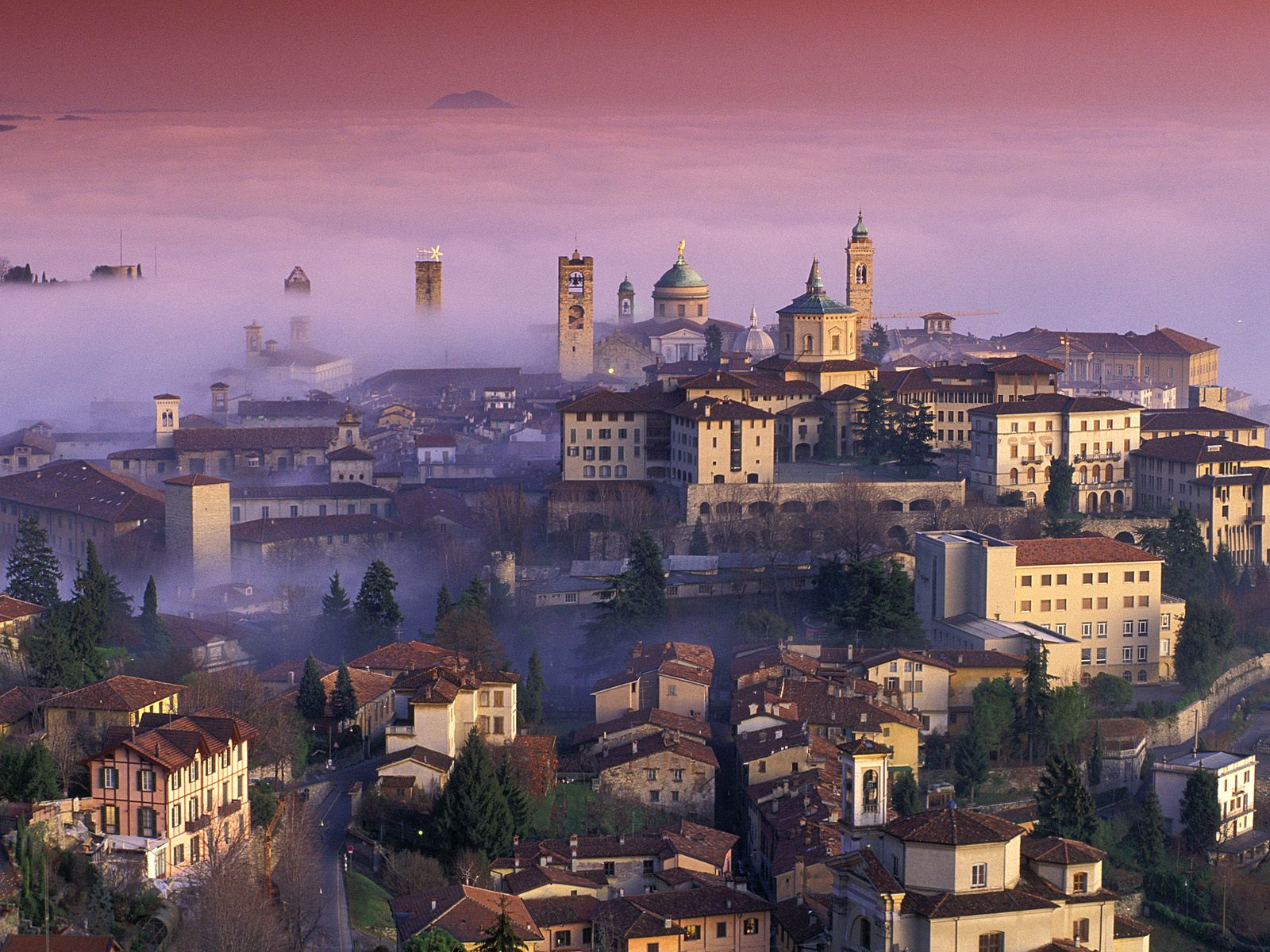 Here's One Big Mistake You've Probably Been Making When Visiting Milan, Italy, Bergamo Travel (1)