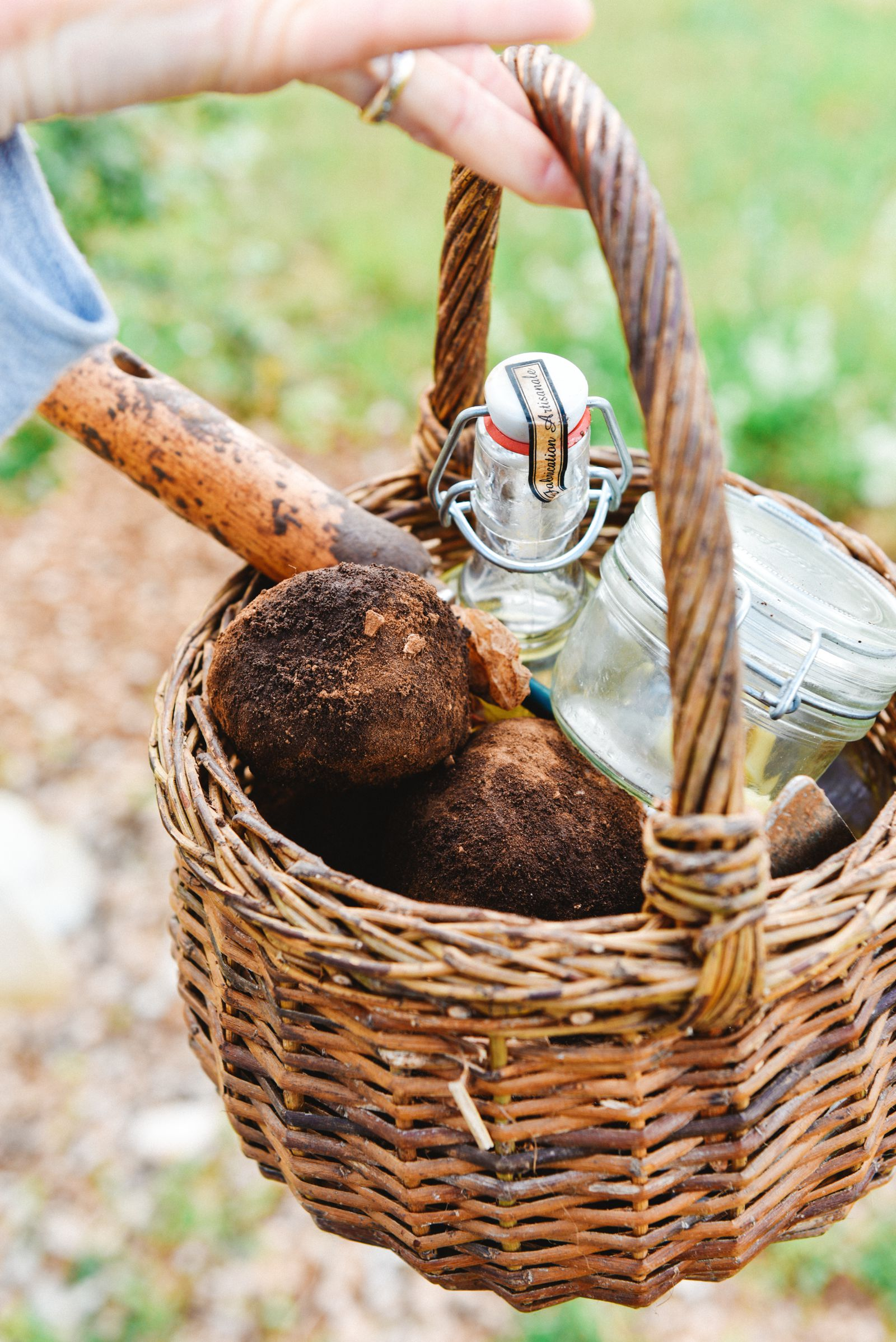 Truffle-Hunting, Chateau-Living And Wine-Tasting In the French Dordogne Valley (9)