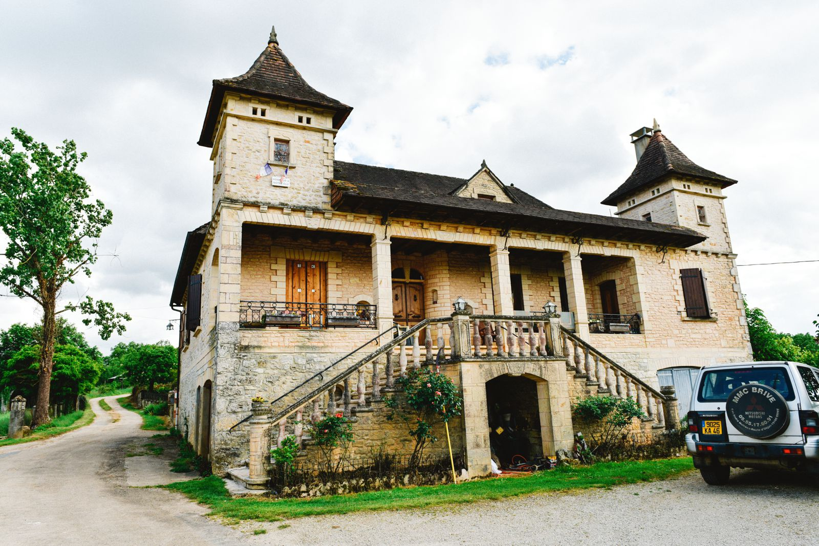 Truffle-Hunting, Chateau-Living And Wine-Tasting In the French Dordogne Valley (10)