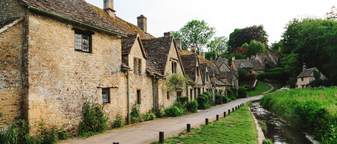 16 Places In The South of England That Are Definitely Worth Seeing On Your Road Trip! (2)