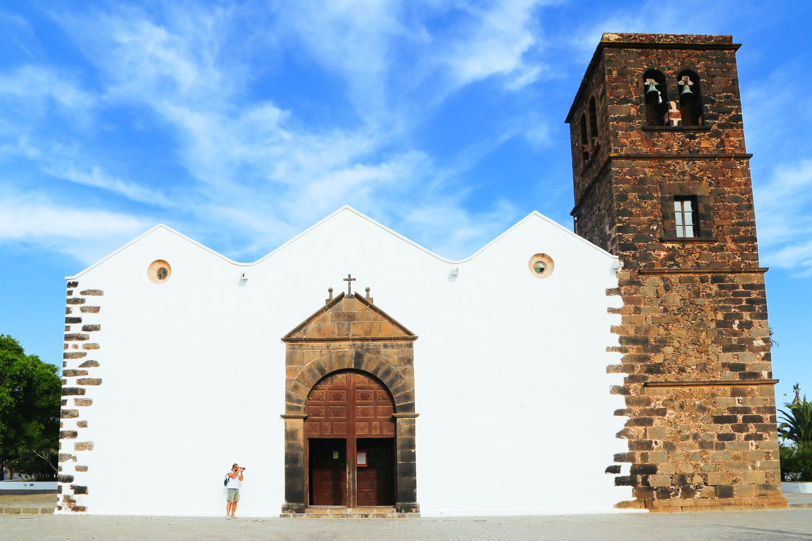 Windmills, Mountains, Little Farms And Sleepy Towns... In Fuerteventura, The Canary Islands (27)