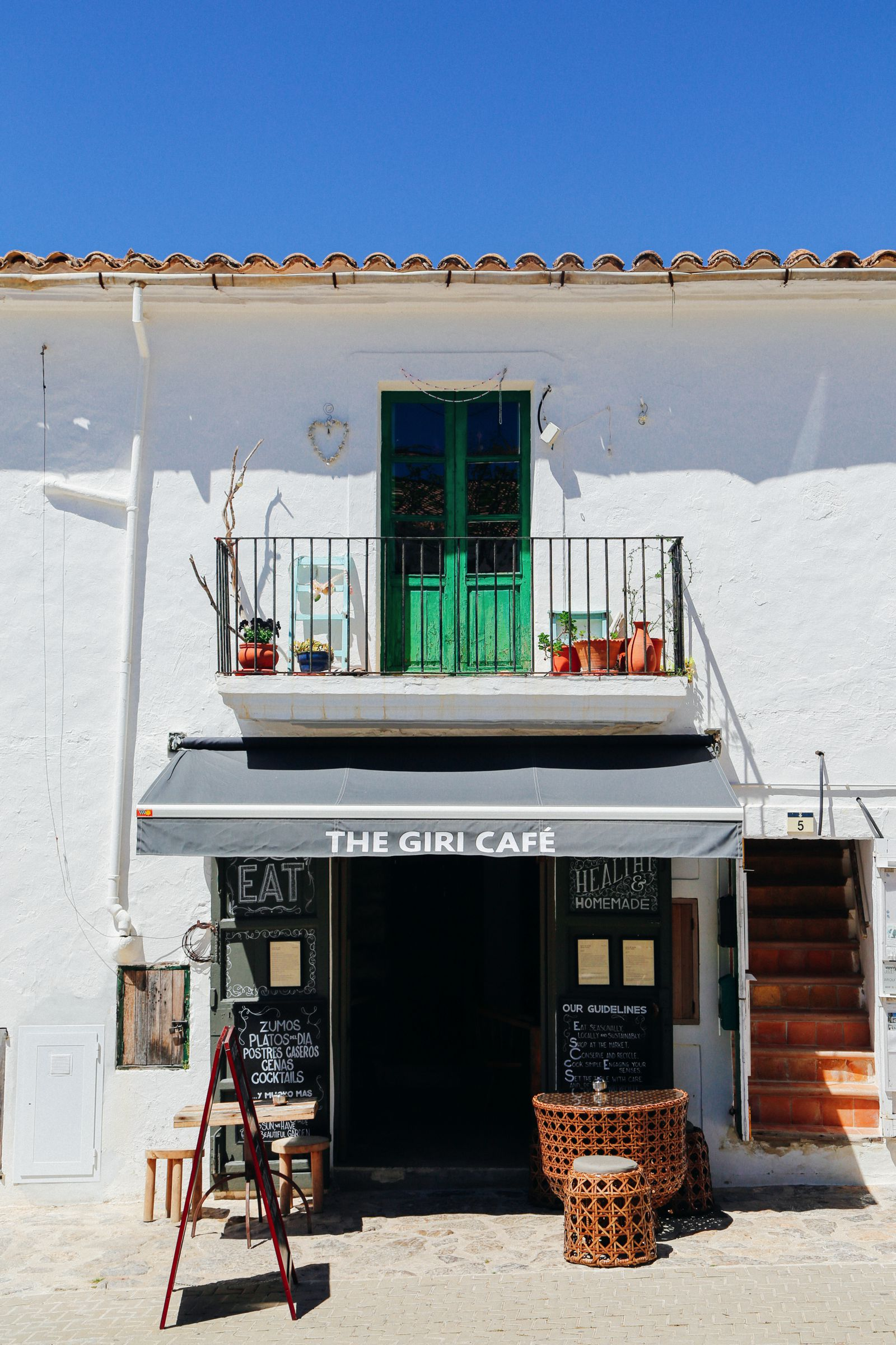 This Is The Most Amazing Tapas Restaurant In Ibiza (5)