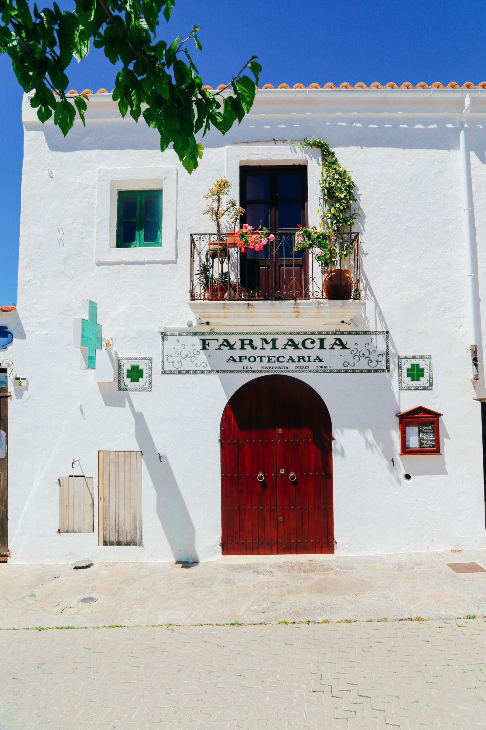This Is The Most Amazing Tapas Restaurant In Ibiza (7)