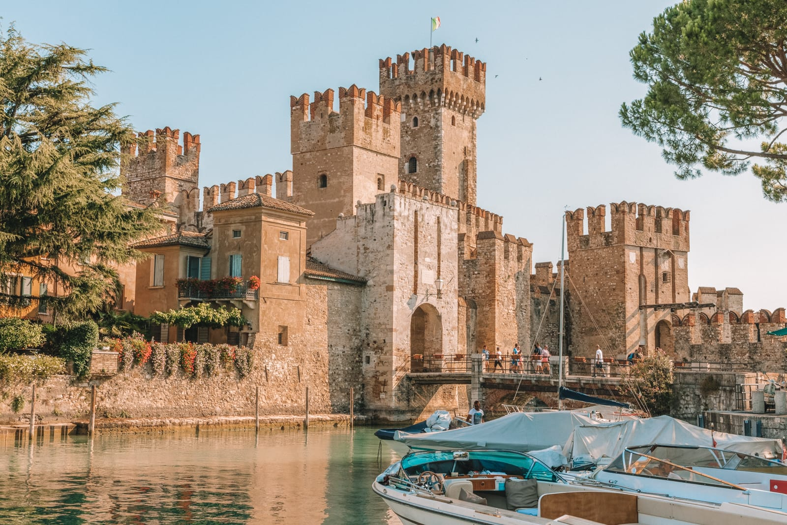 10 Very Best Castles In Italy To Visit (2)