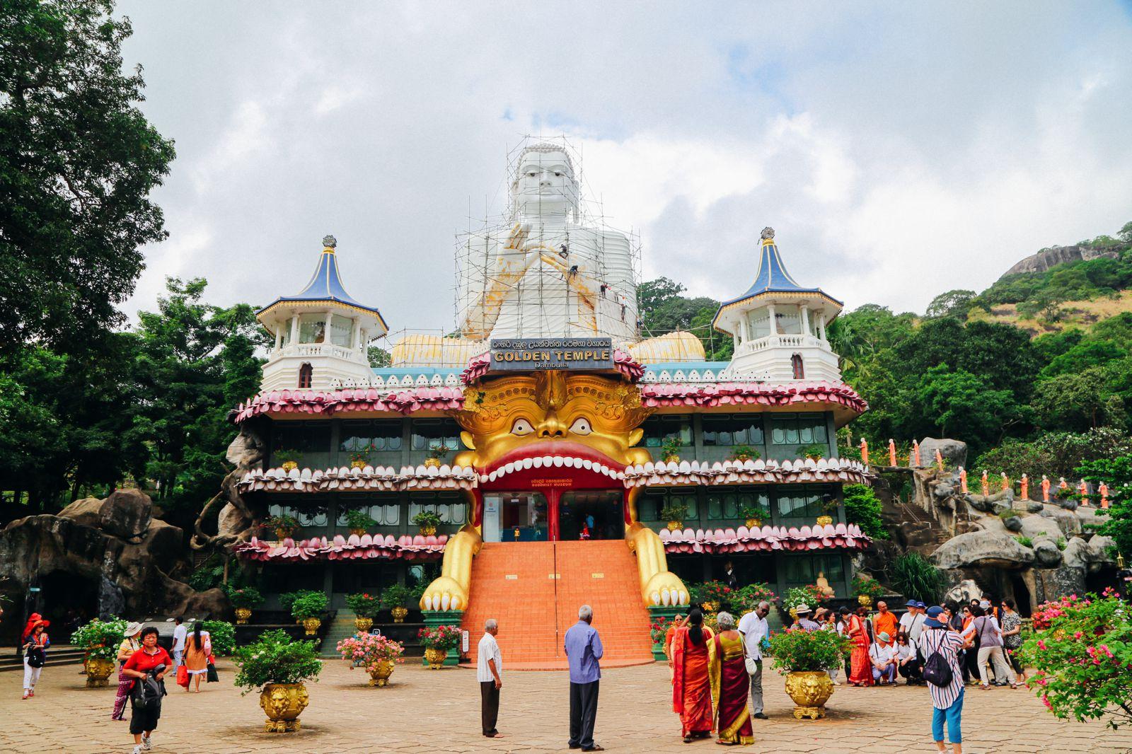 Dambulla Cave Temple And A Trip To Kandy, Sri Lanka (3)