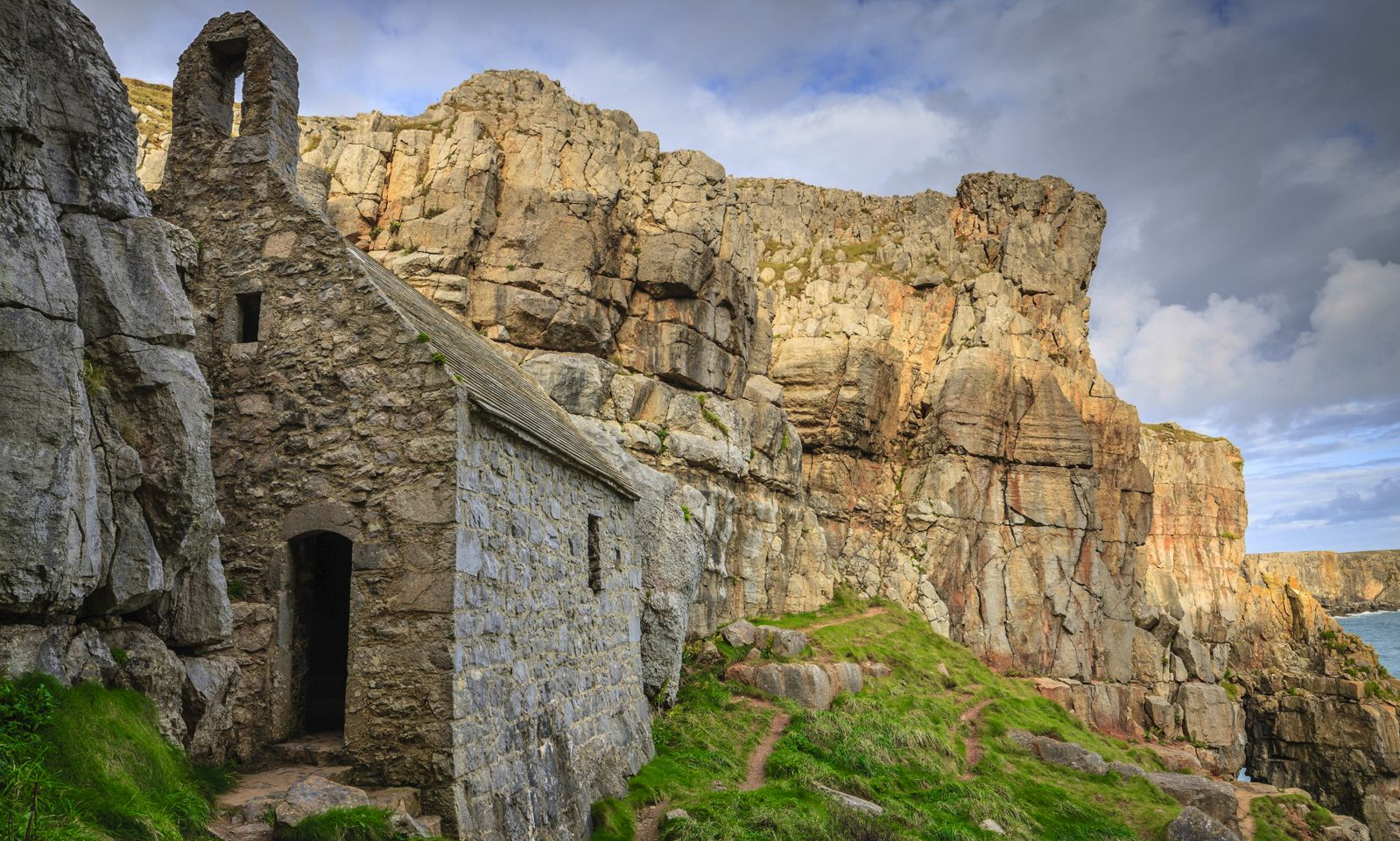 10 Picturesque National Parks You Must Visit In The UK (12)