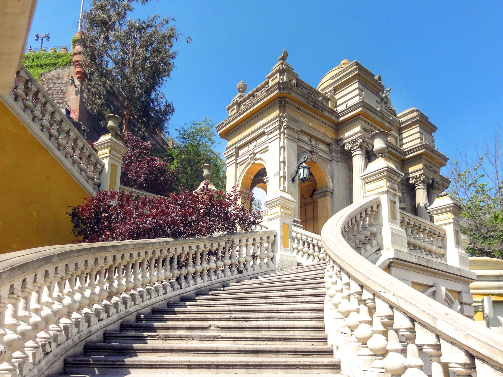 9 Incredible Sights You Must See In Santiago, Chile (8)