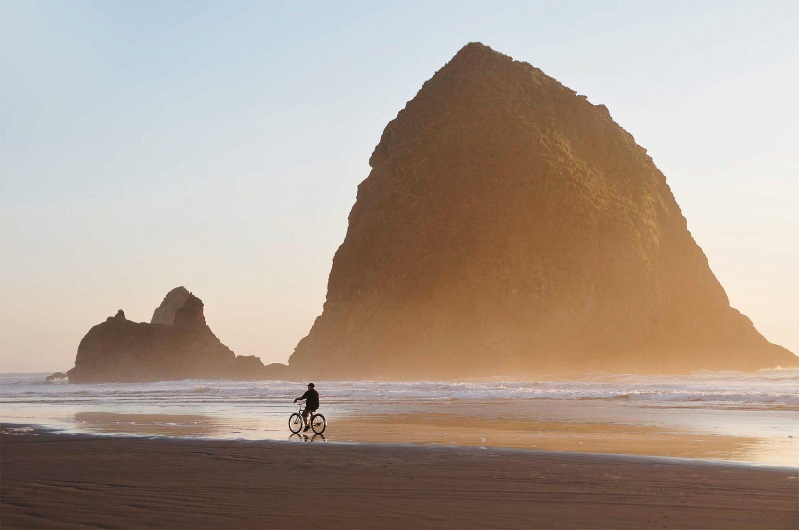 11 Amazing Beaches To Visit In The USA (11)