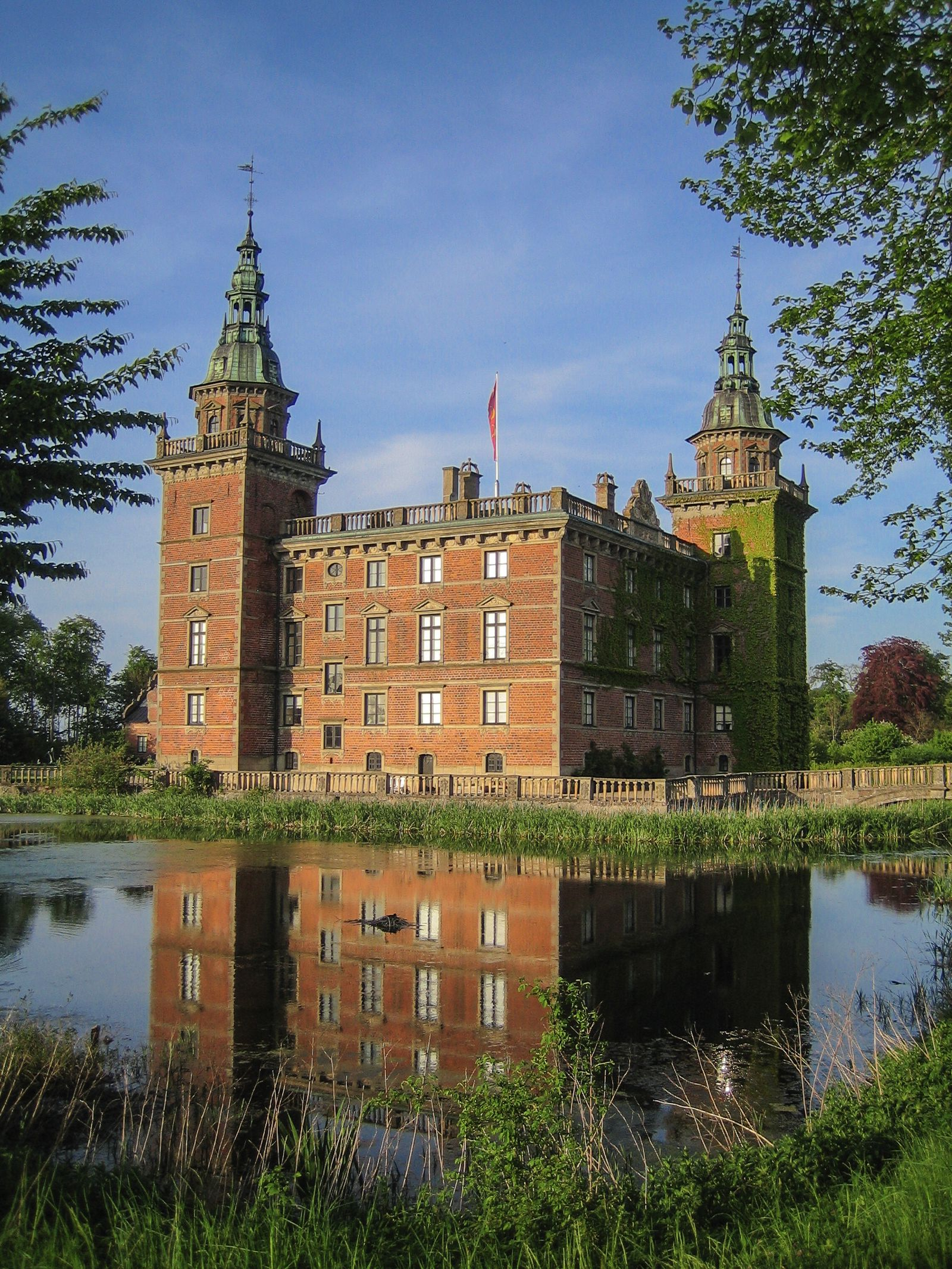 12 Magnificent Castles You Wouldn't Expect To See When Visiting Sweden (5)