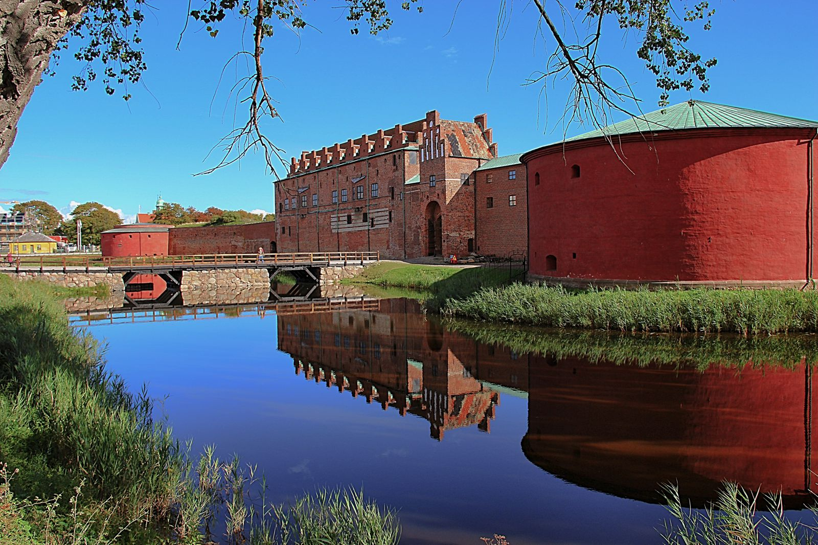 12 Magnificent Castles You Wouldn't Expect To See When Visiting Sweden (13)
