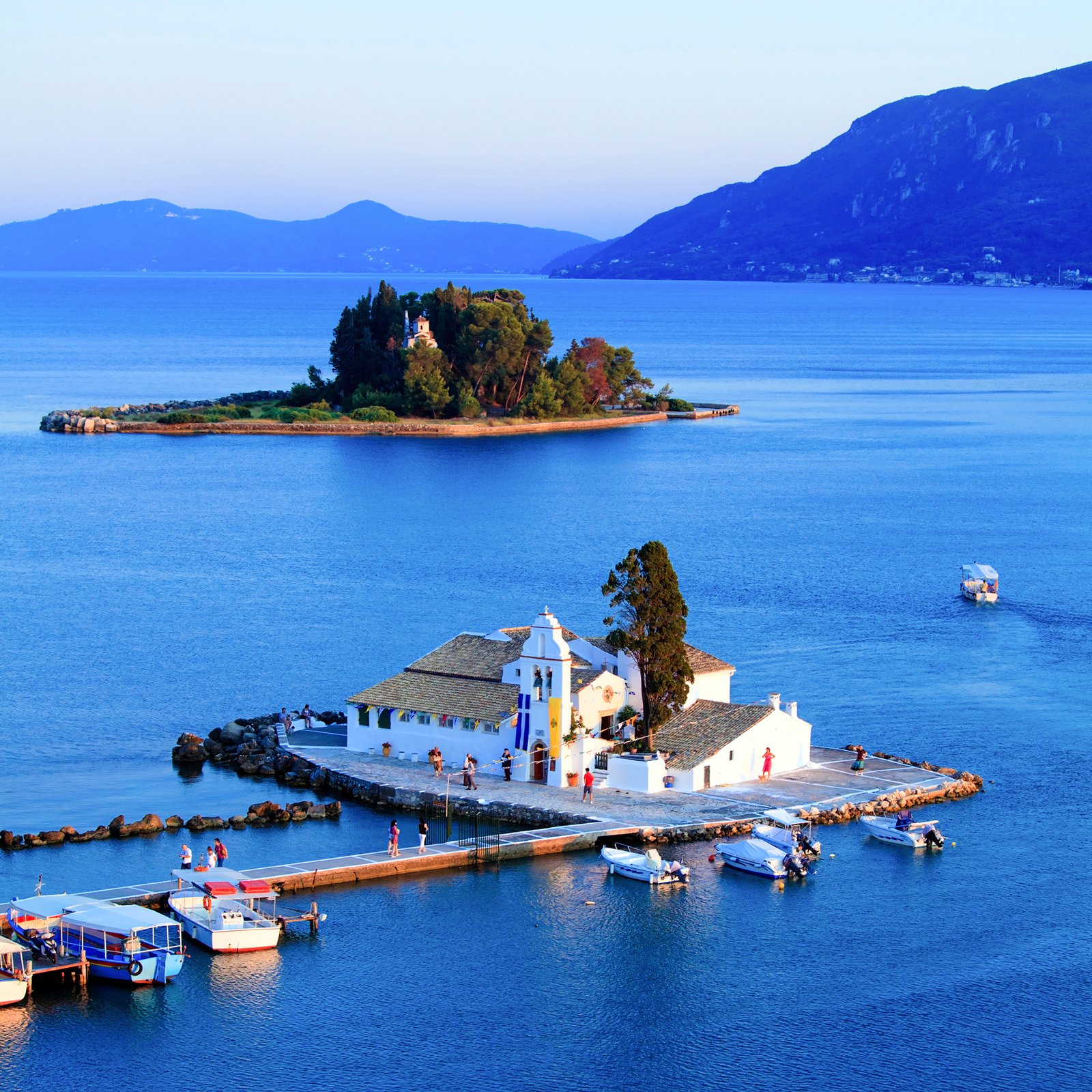 10 Beautiful Mediterranean Islands You Have To Visit (7)