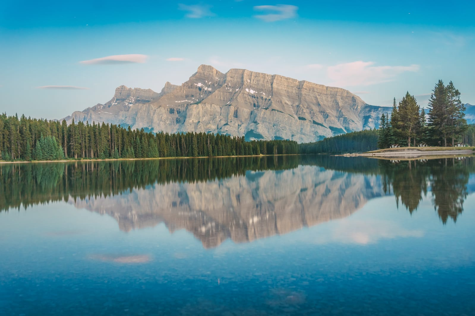 Sights You Have To See In Banff, Canada (5)