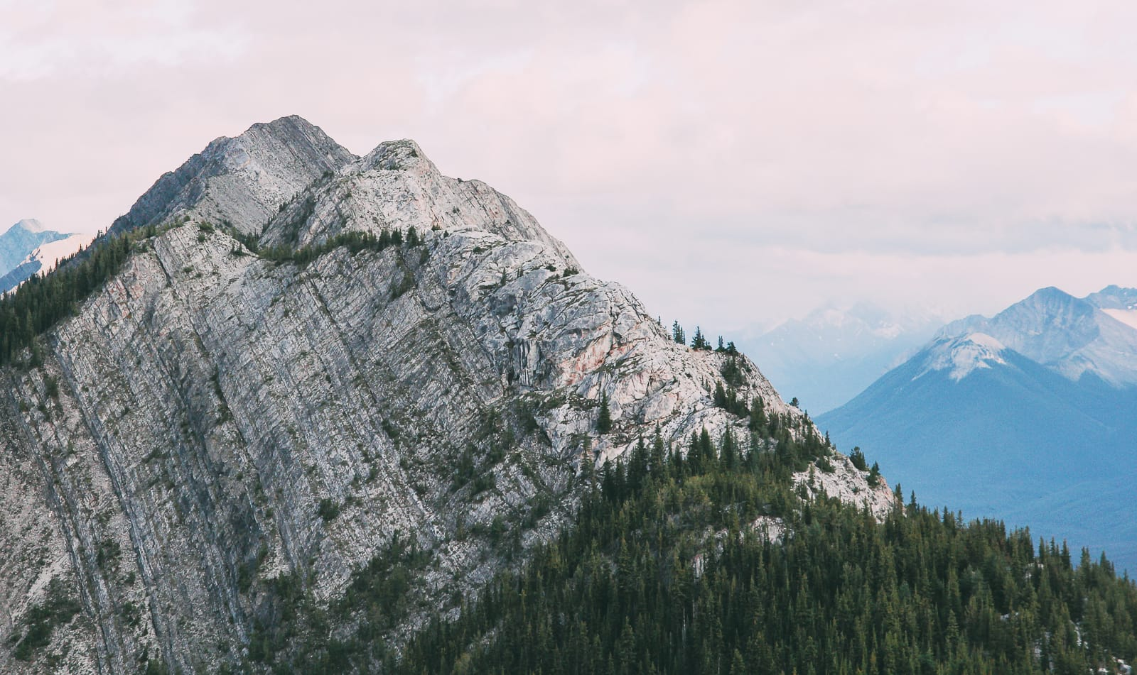 Sights You Have To See In Banff, Canada (13)