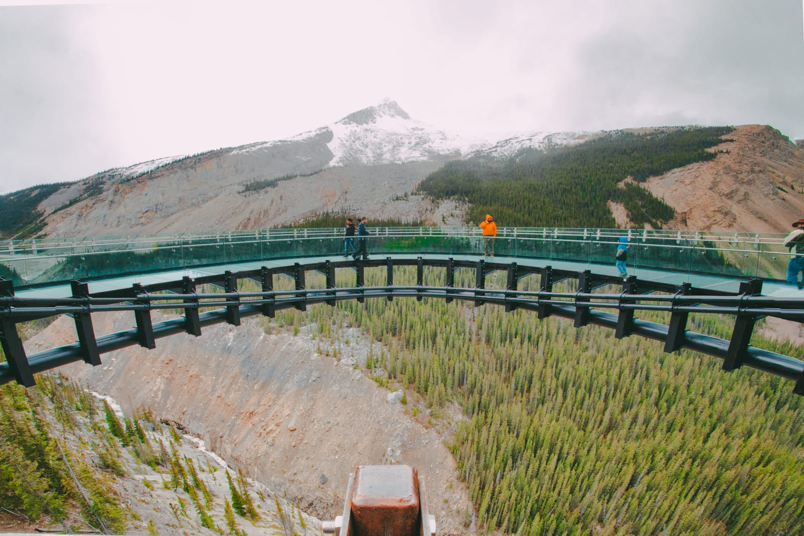 Sights You Have To See In Banff, Canada (14)