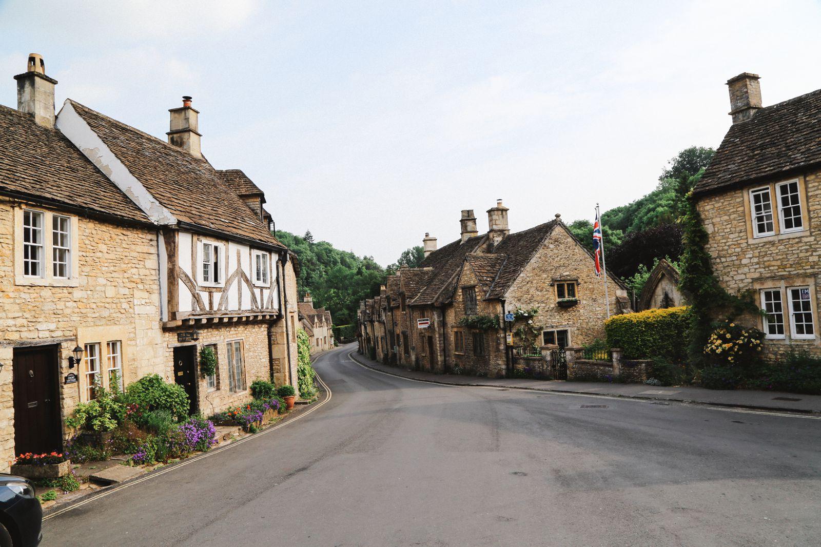 Exploring One Of England's Most Beautiful Villages - Castle Combe (10)