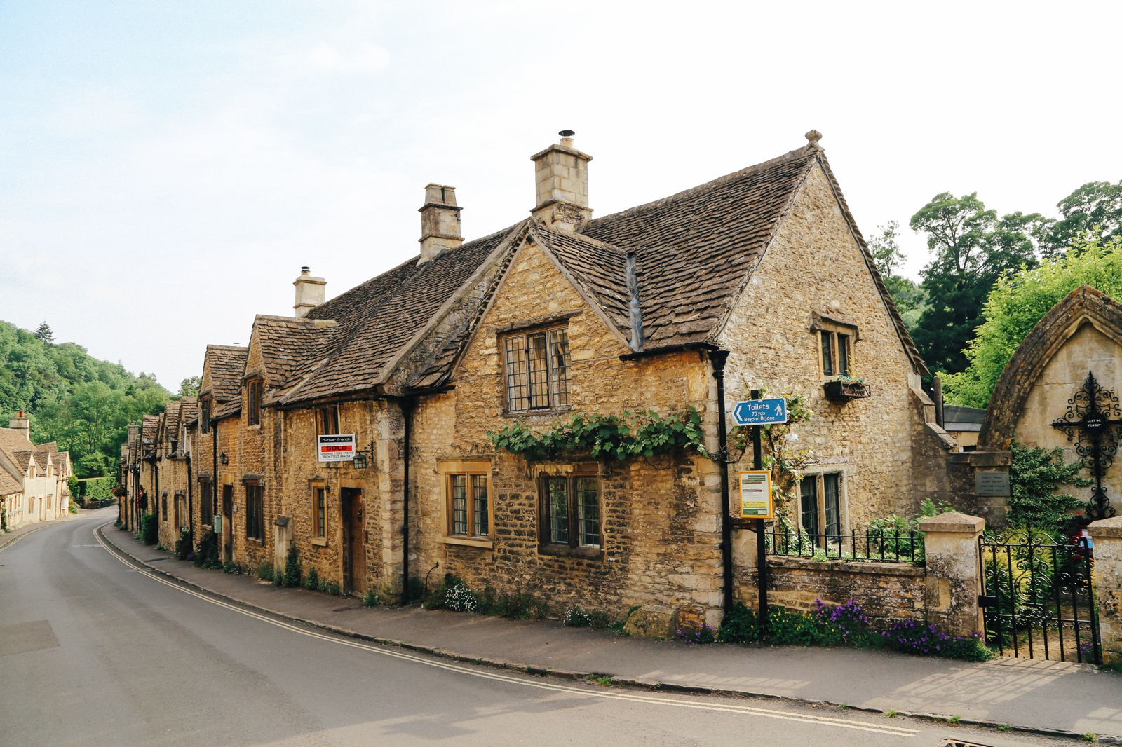 Exploring One Of England's Most Beautiful Villages - Castle Combe (4)