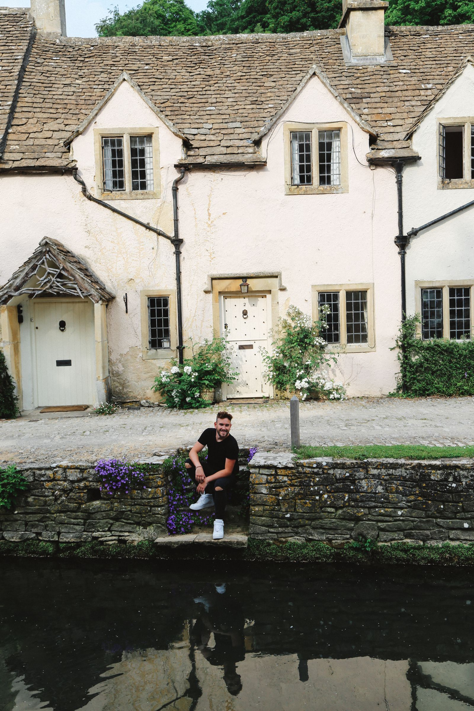 Exploring One Of England's Most Beautiful Villages - Castle Combe (26)