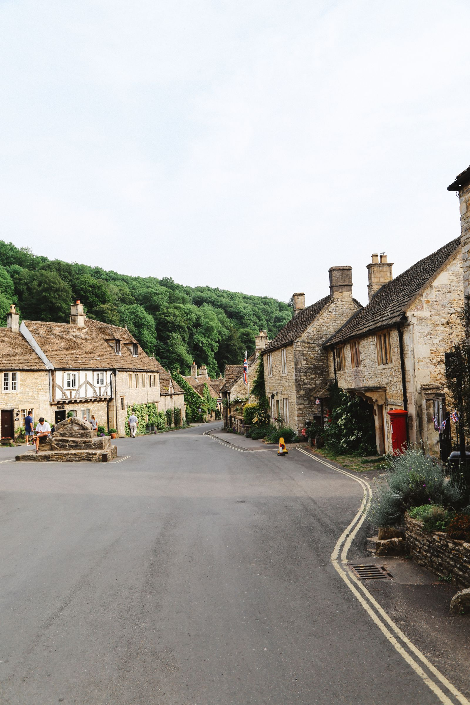 Exploring One Of England's Most Beautiful Villages - Castle Combe (37)