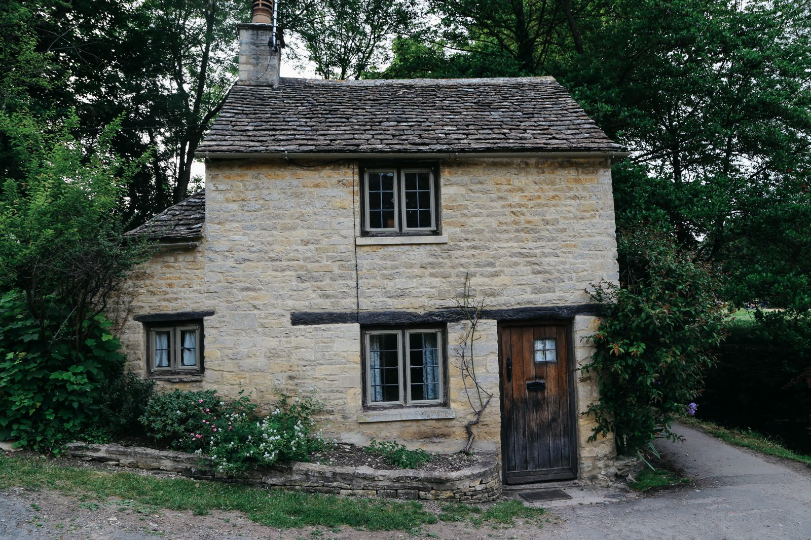 In Search Of The Most Beautiful Street In England - Arlington Row, Bibury (22)